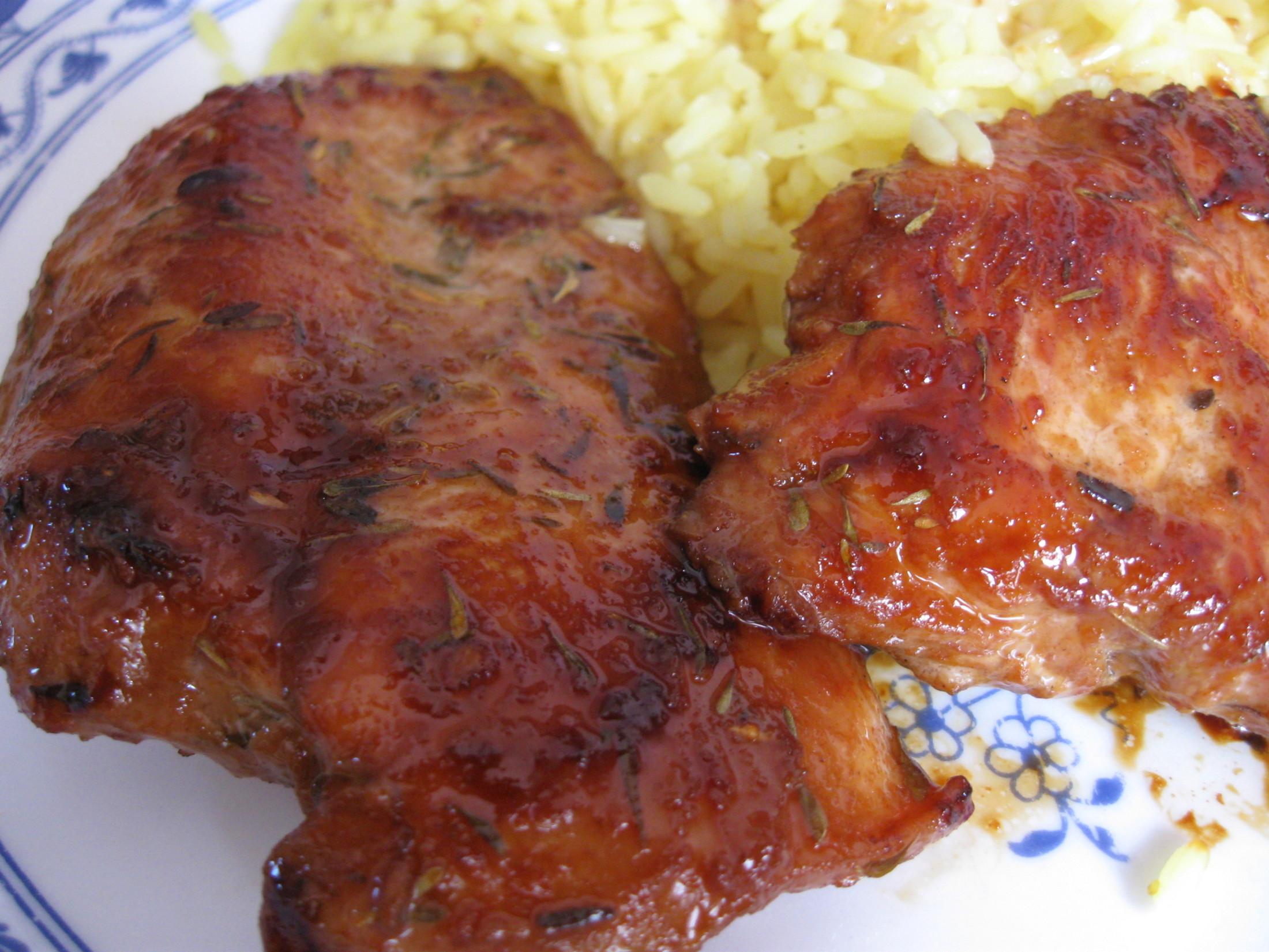 Recept Nejlepší marináda na maso - maso namarinované na talíři