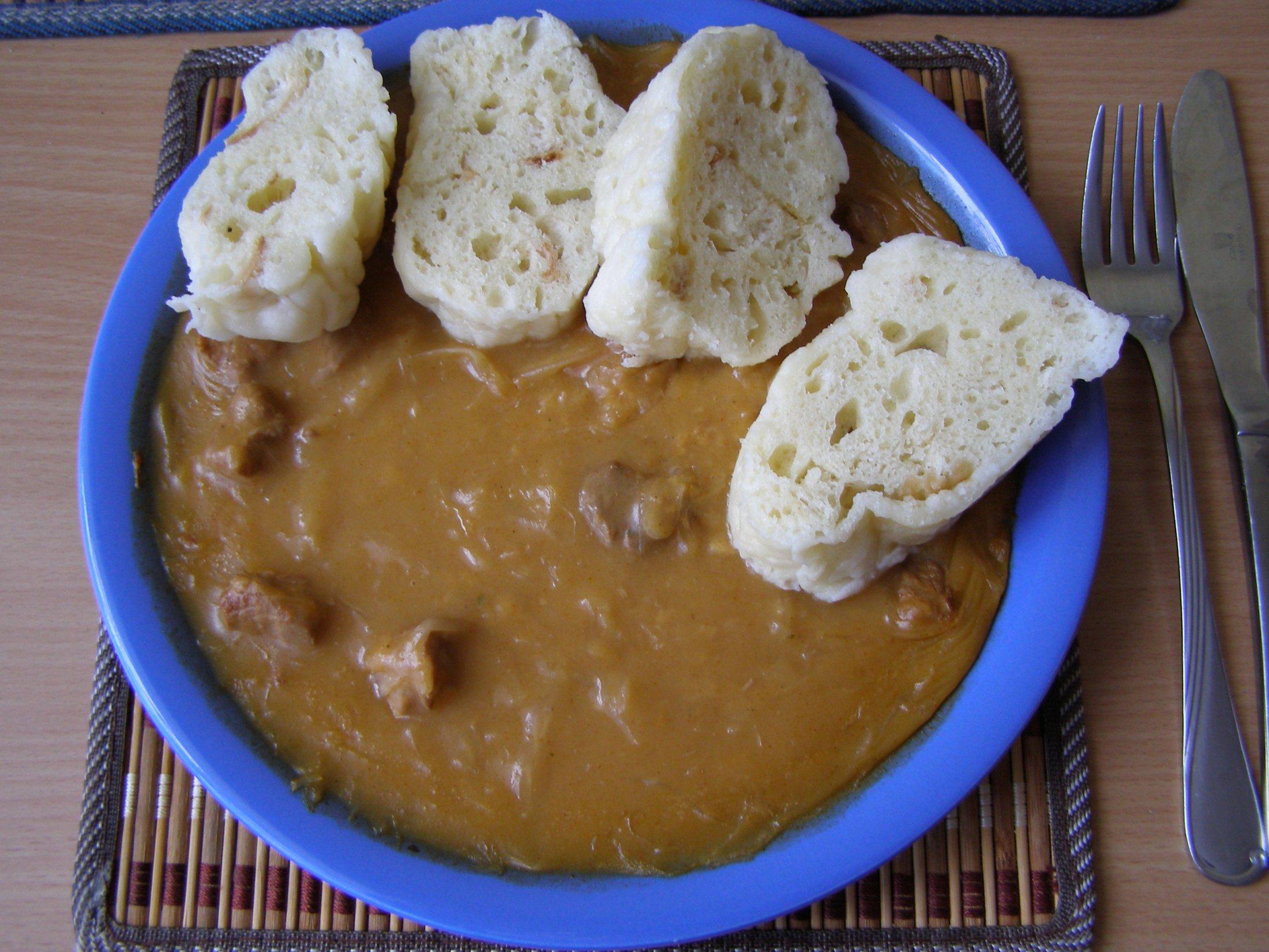 Recept Segedínský guláš - Segedínský guláš byl opravdu dobrý.
