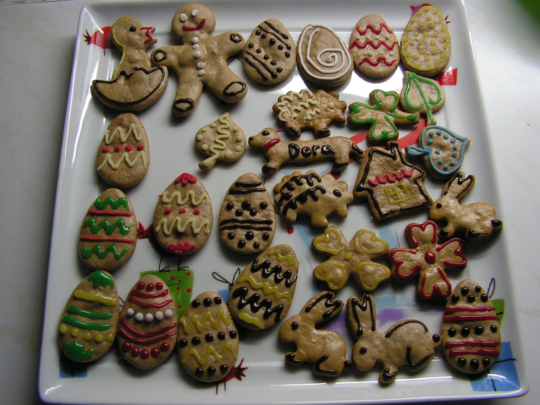 Recept Medové perníčky paní Svobodové - Velikonoční perníčky.