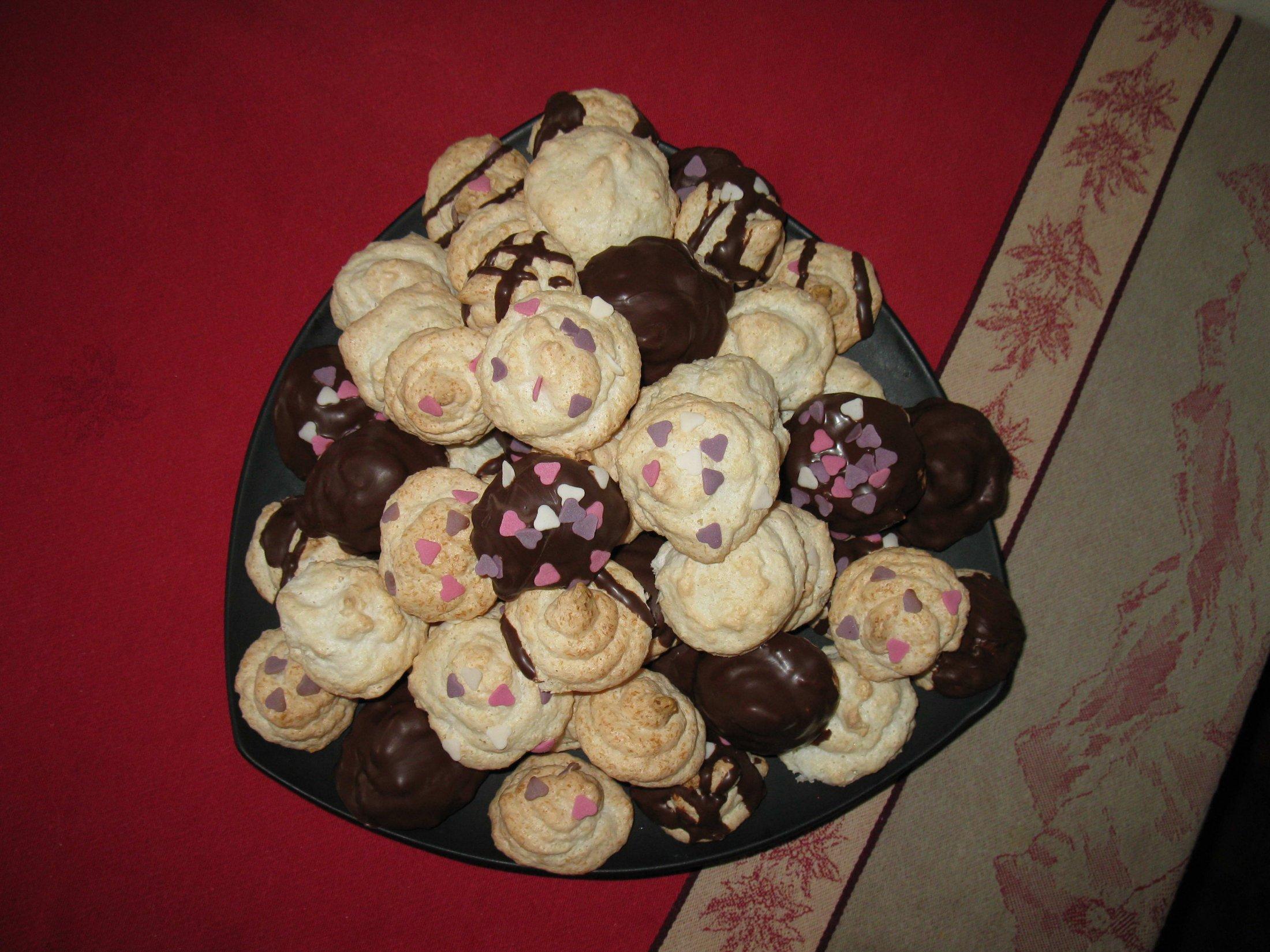 Recept Kokosové pusinky - Veselé kokosové pusinky :-)