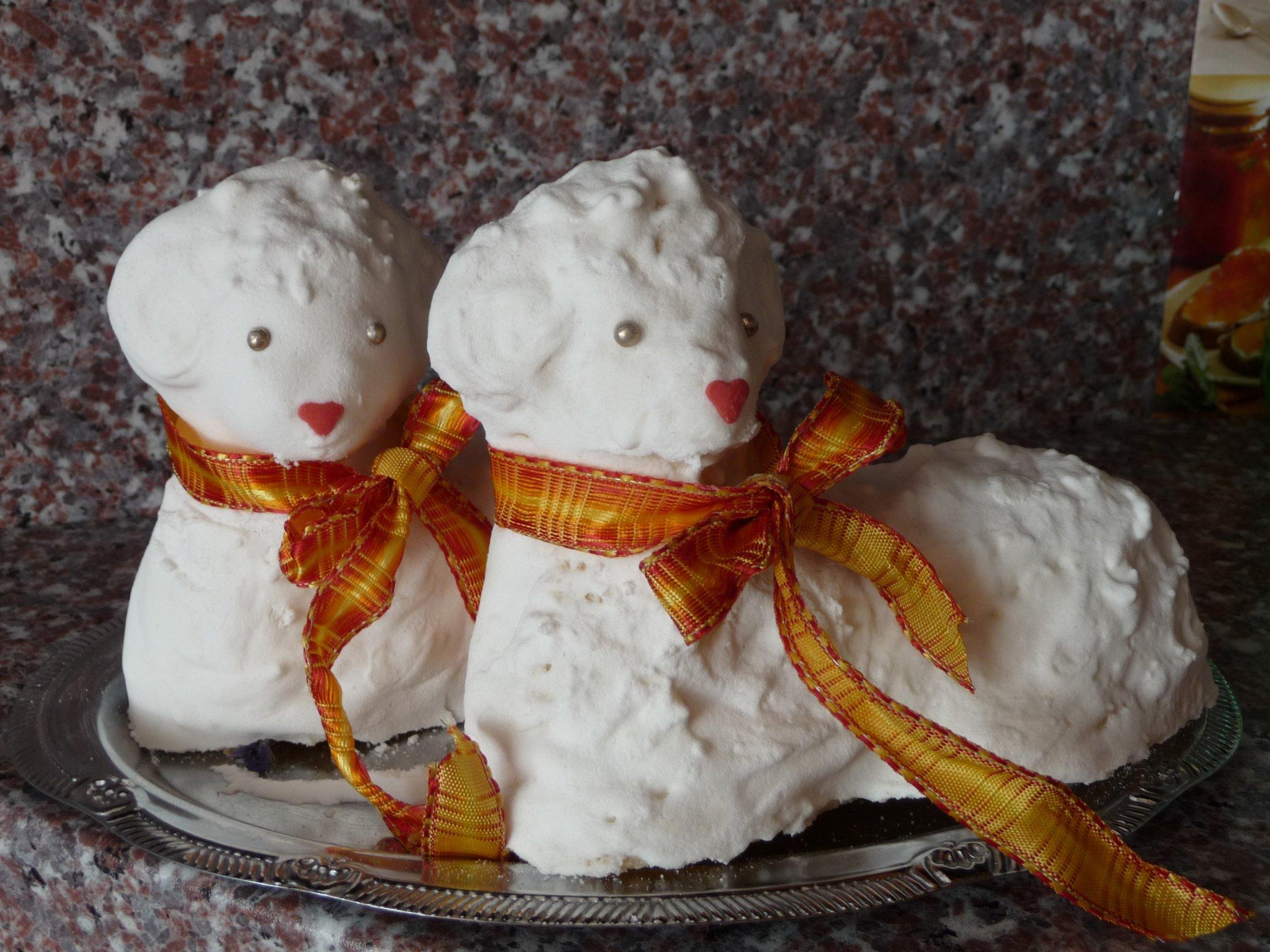 Recept Velikonoční beránek - Dva malí beránci z jedné dávky.
