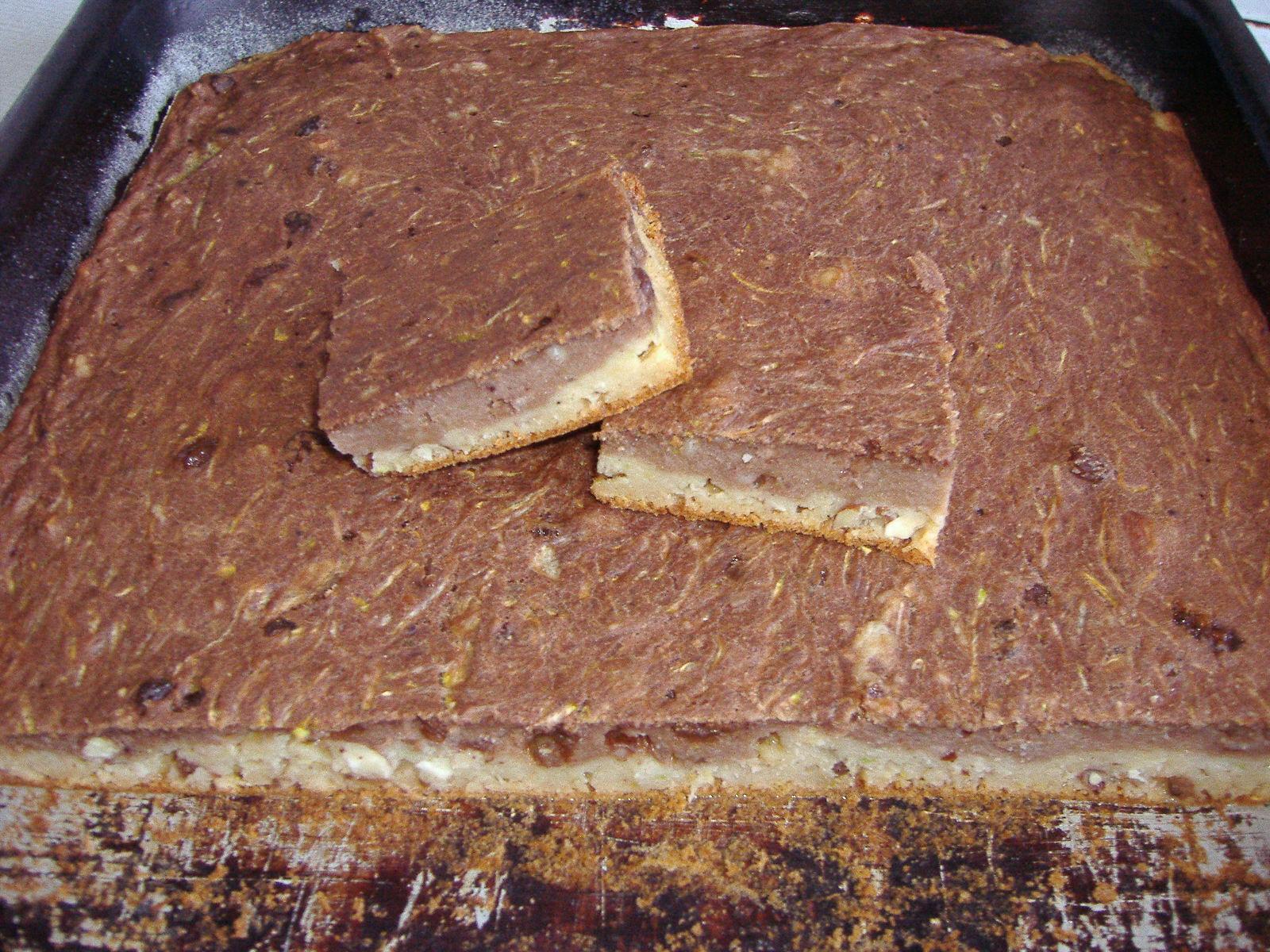 Dvoubarevný koláč z cukety