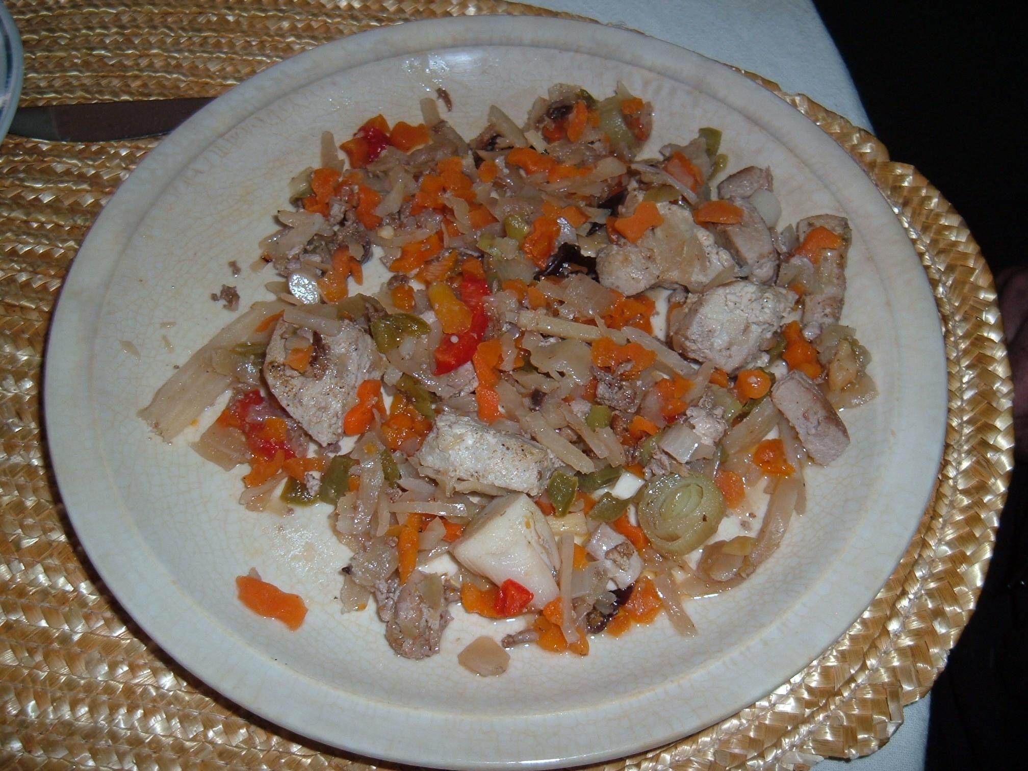 Recept Kuřecí čína se zeleninou - Dobrá, rychlá čína se zeleninou.