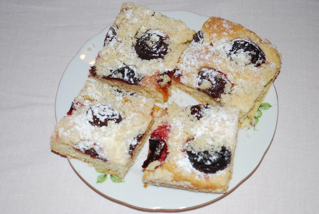 Staročeský švestkový koláč