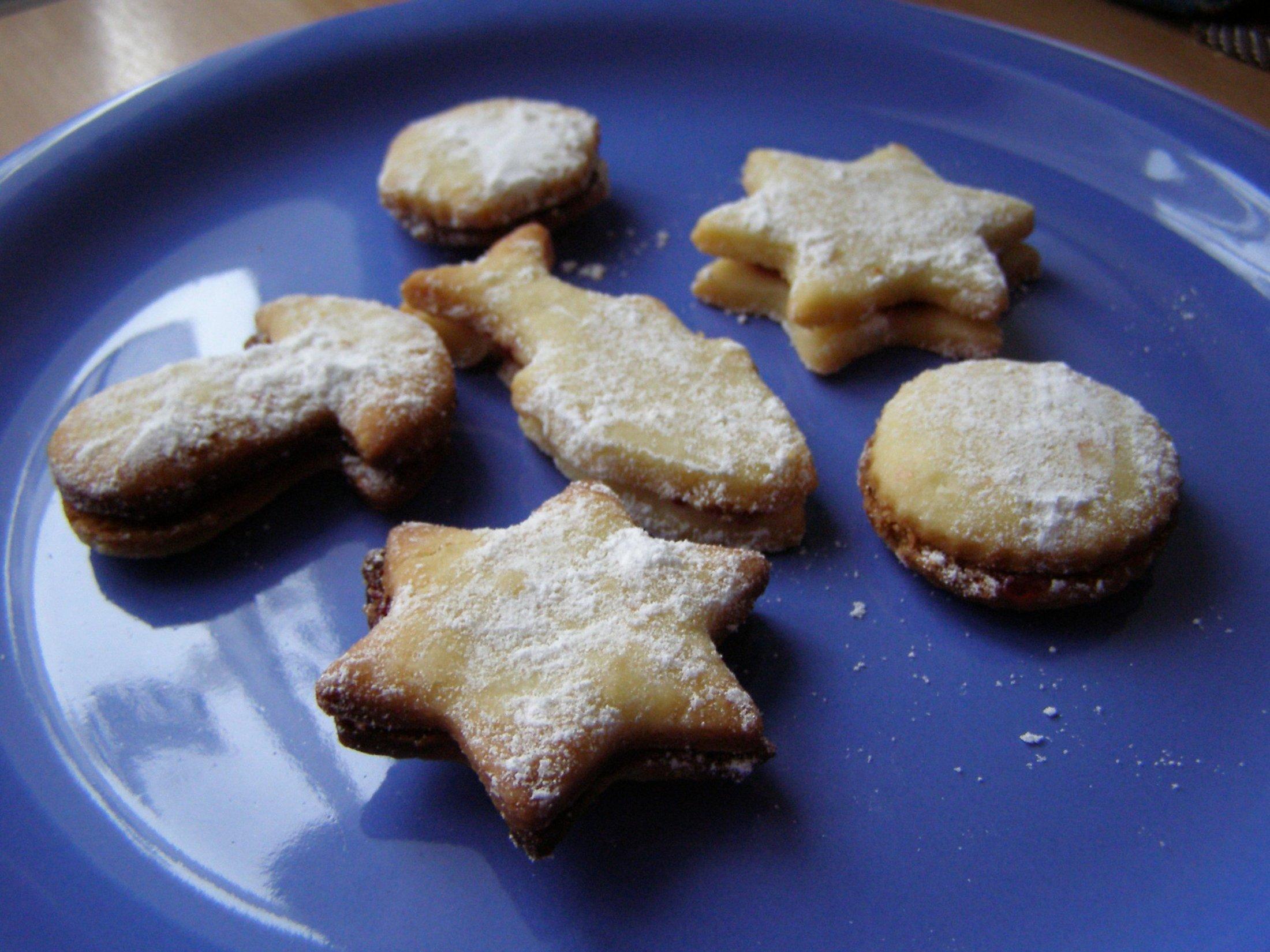 Fotografie receptu: Linecké cukroví slepované