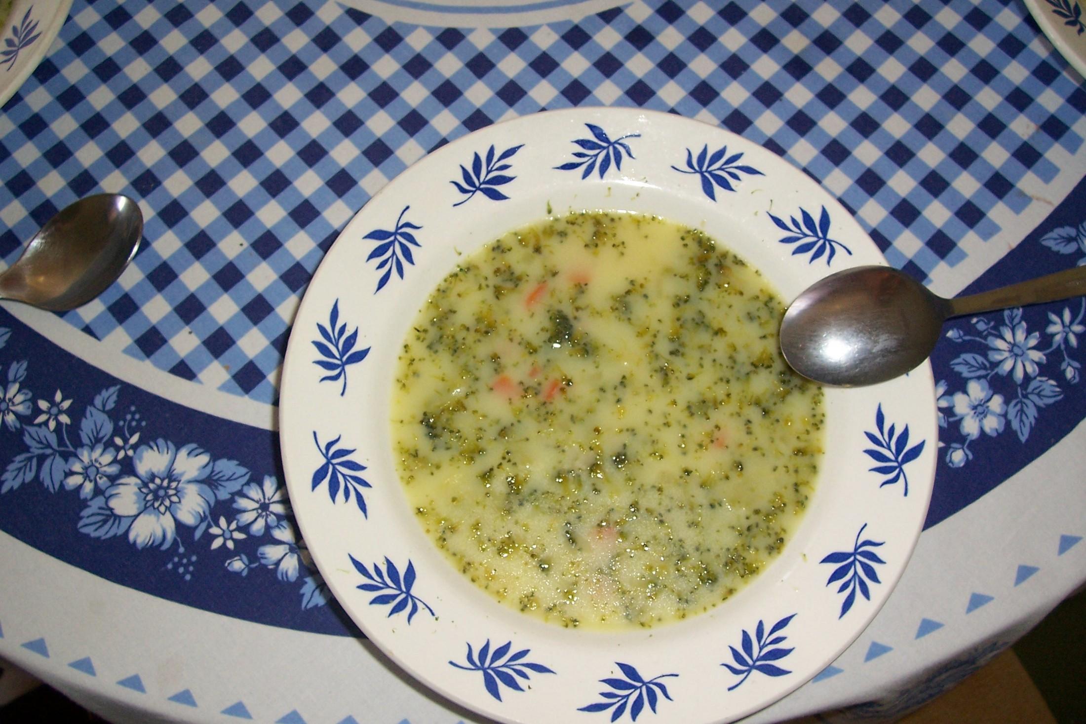 Jemná brokolicová polévka