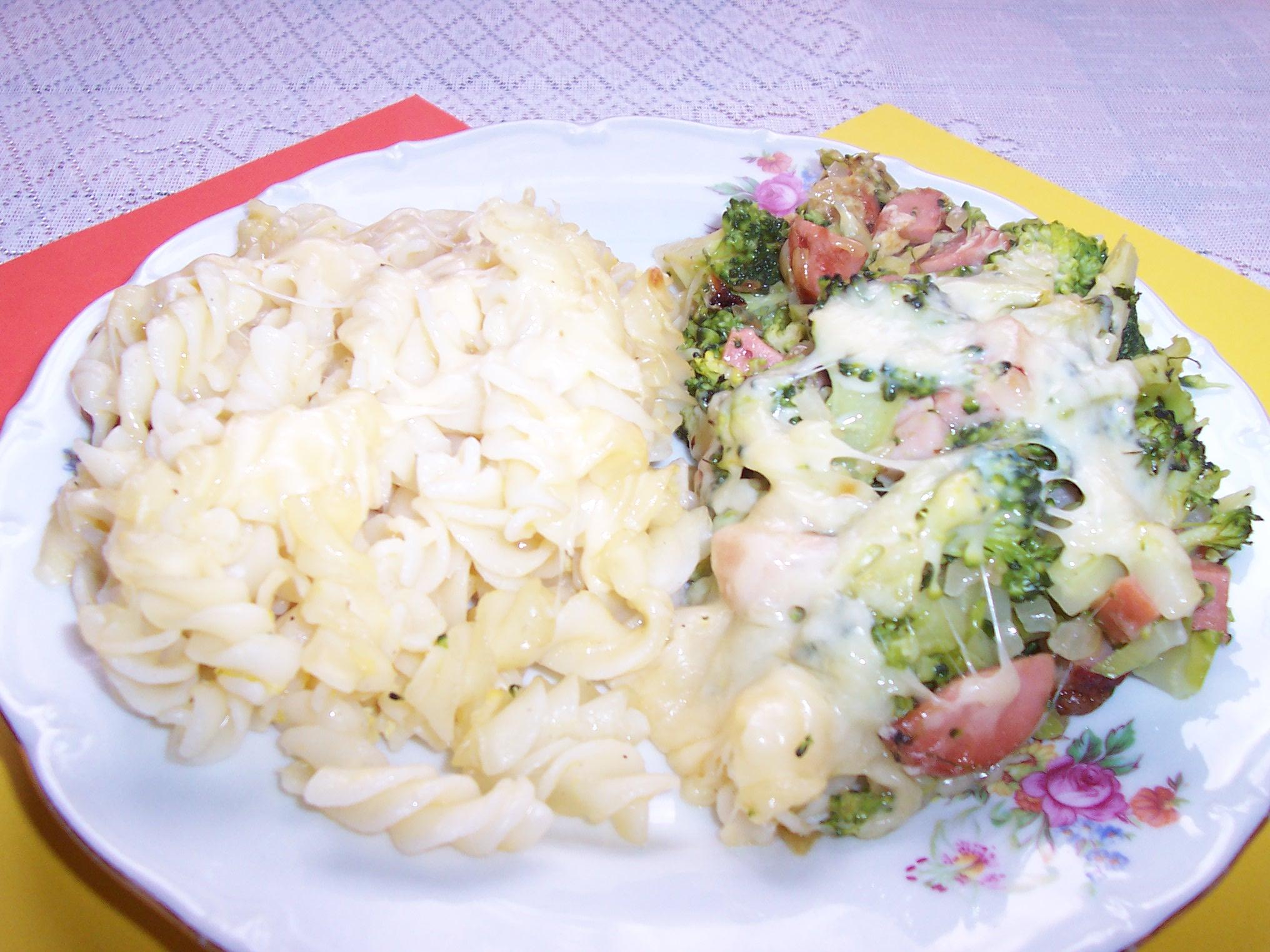 Brokolice s těstovinami