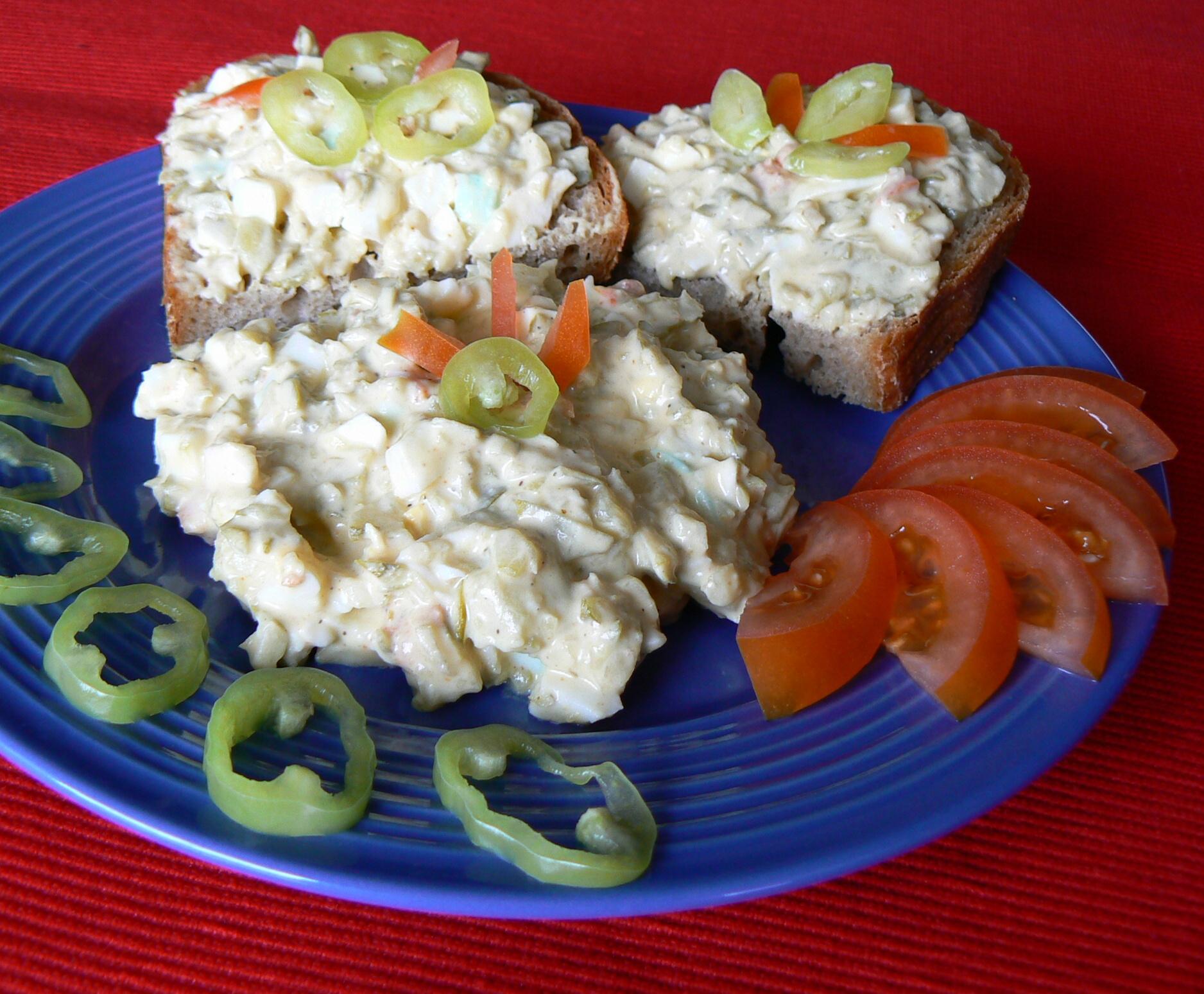 Vajíčkovo-okurkový salát