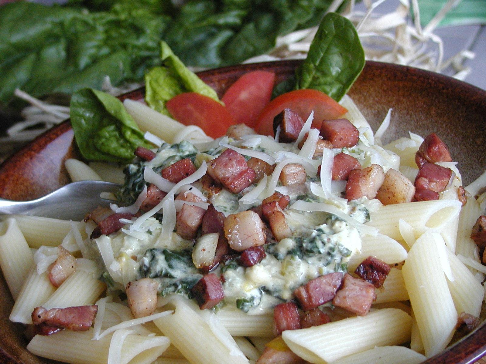 Fotografie receptu: Těstoviny s listovým špenátem 1