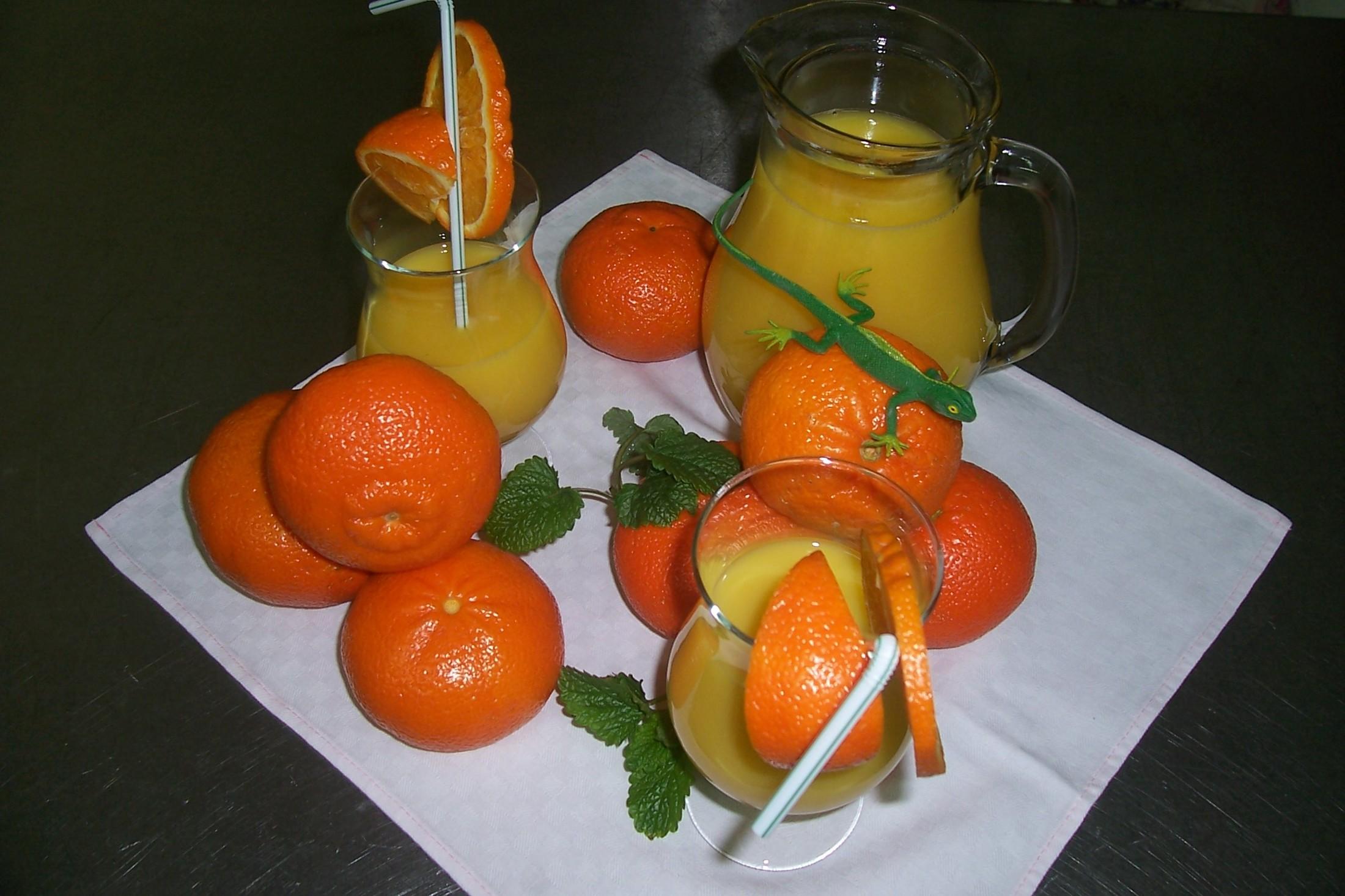 Pomerančový džus s meruňkami