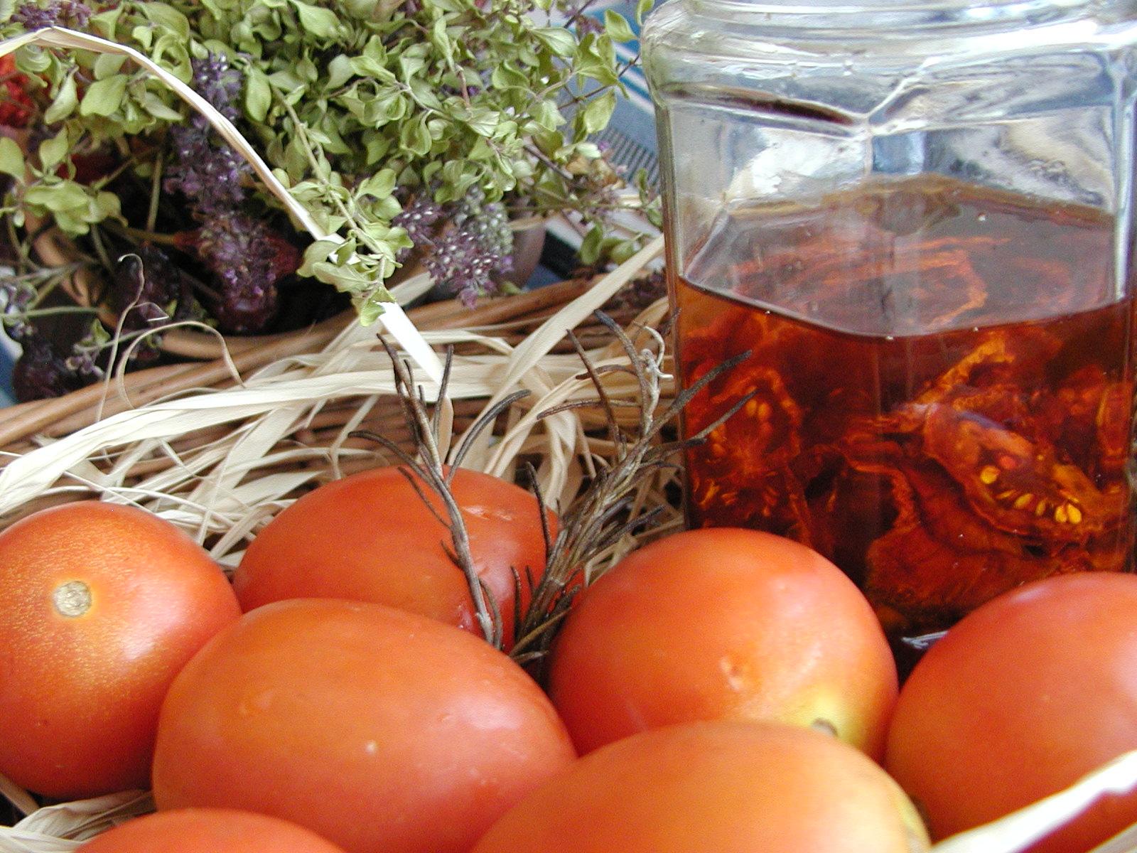 Fotografie receptu: Sušená rajčata v oleji
