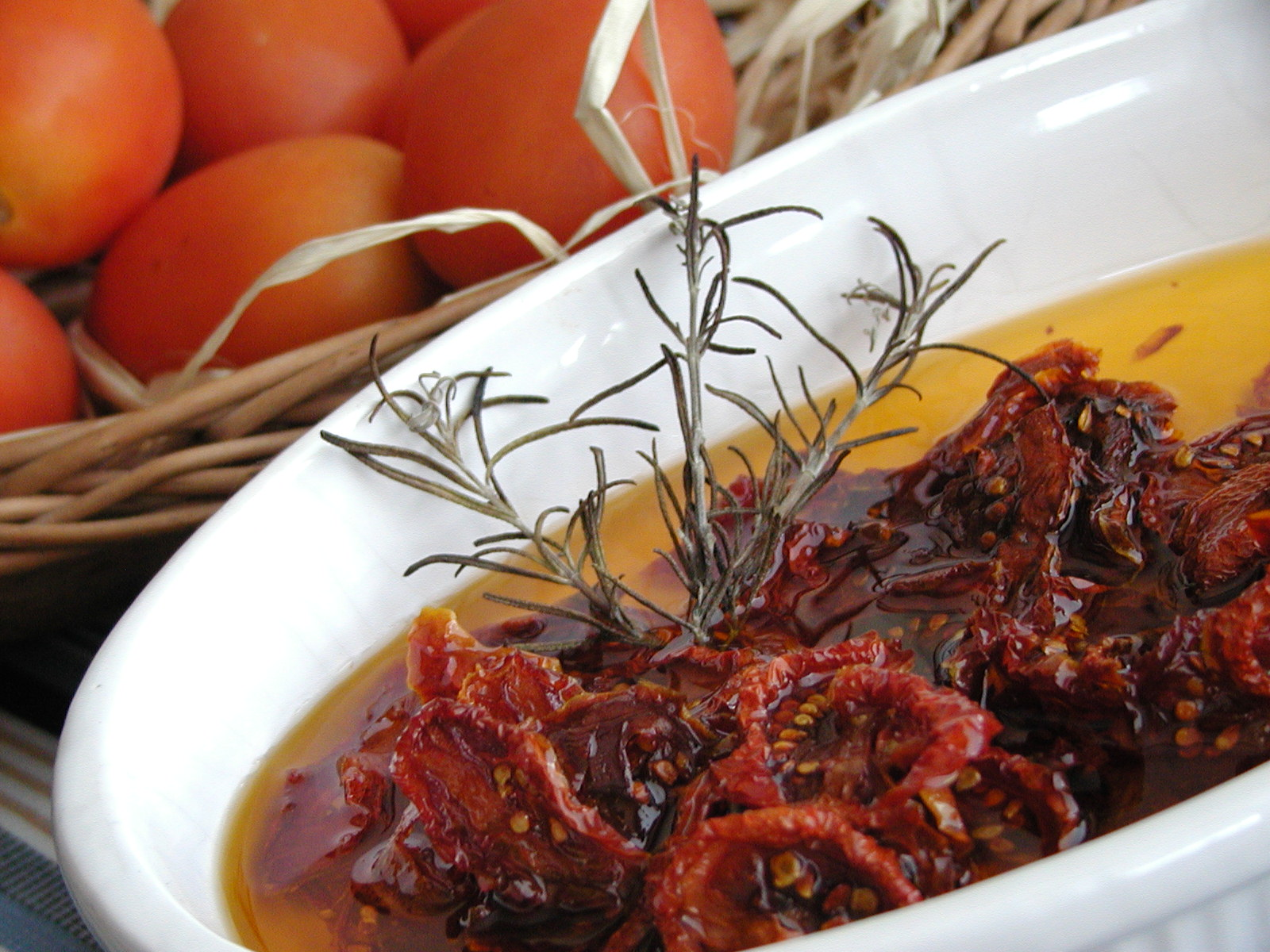 Salát se sušenými rajčaty