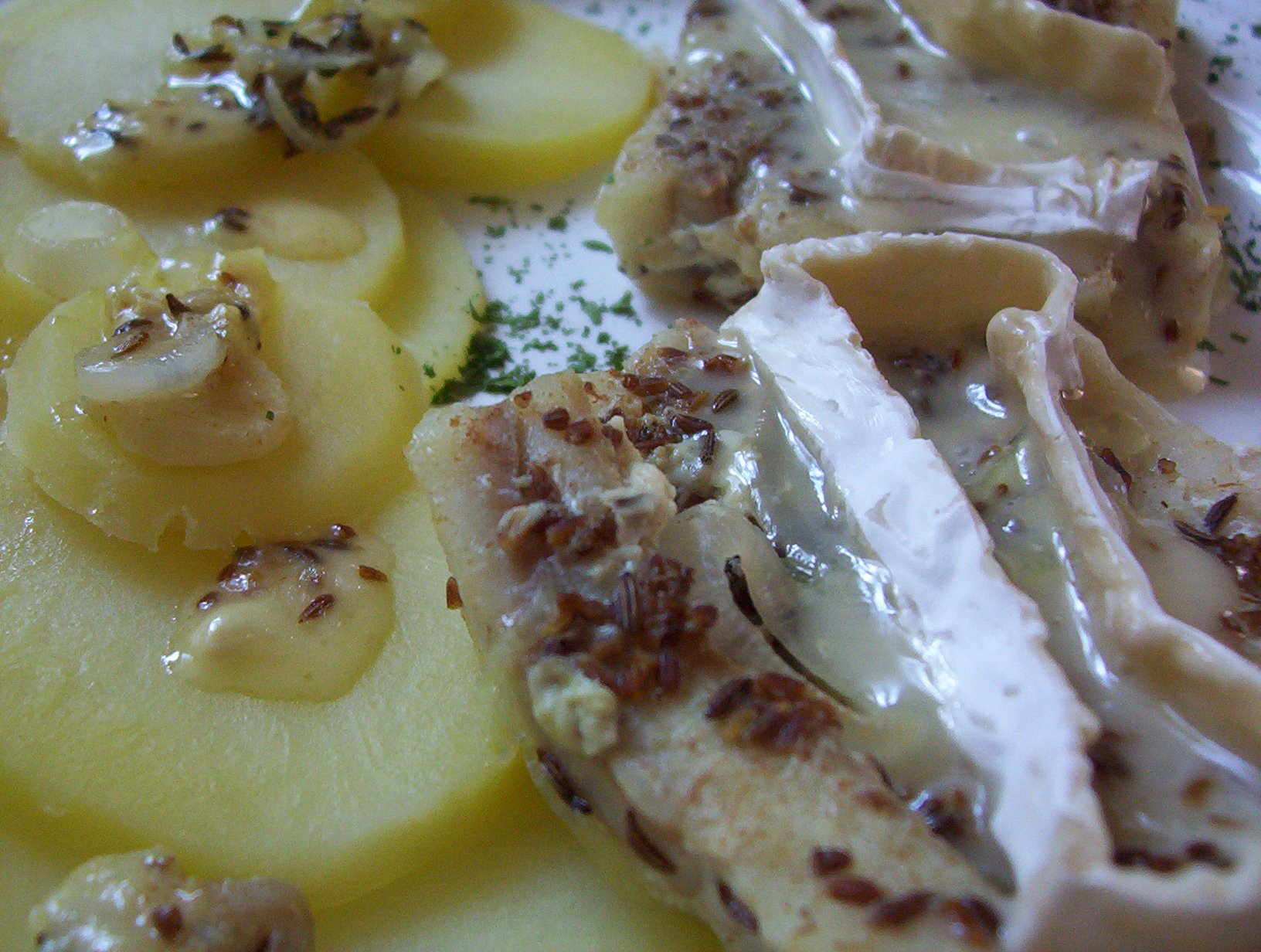 Fotografie receptu: Filé na kmínu s camembertem