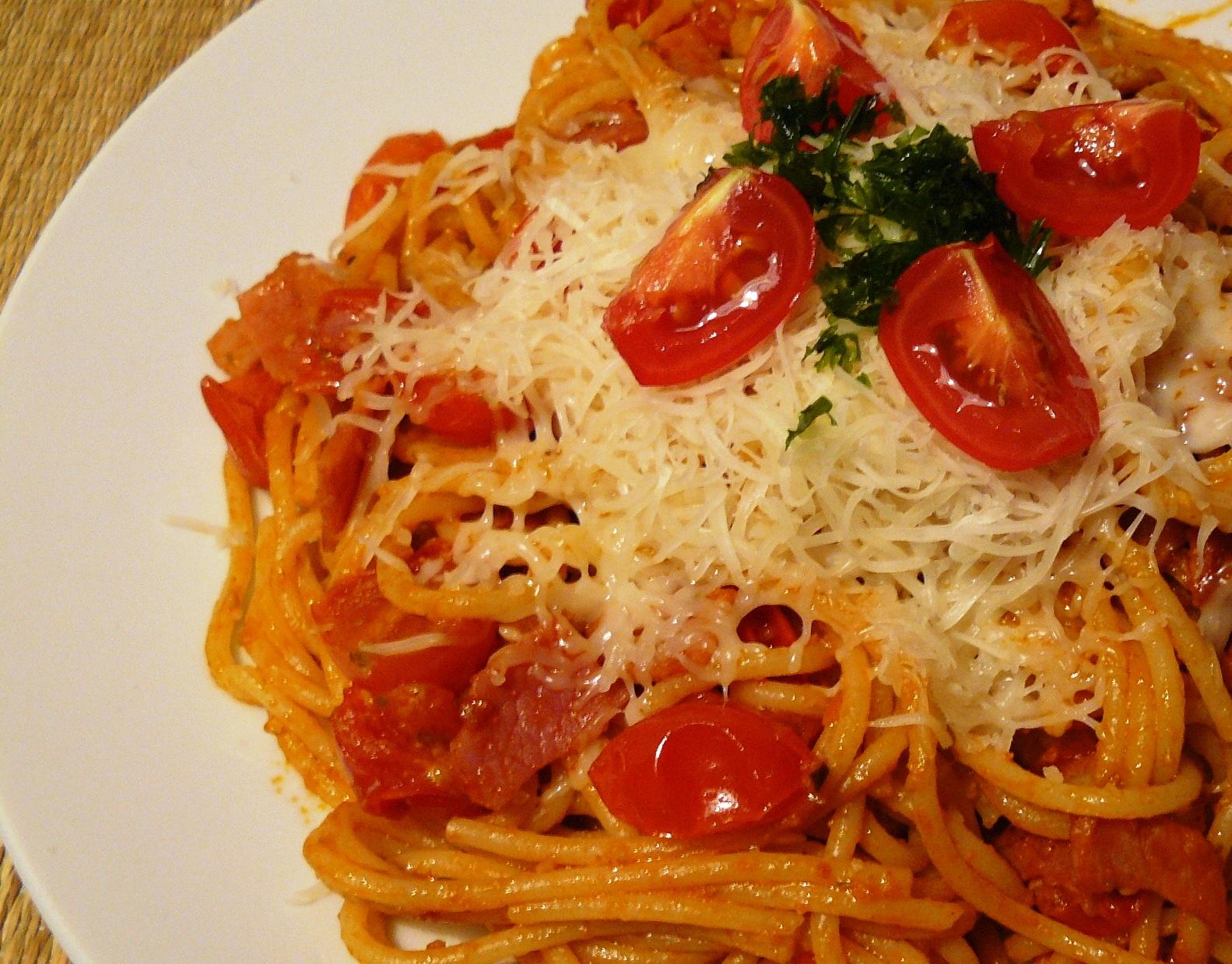 Rajčatové špagety