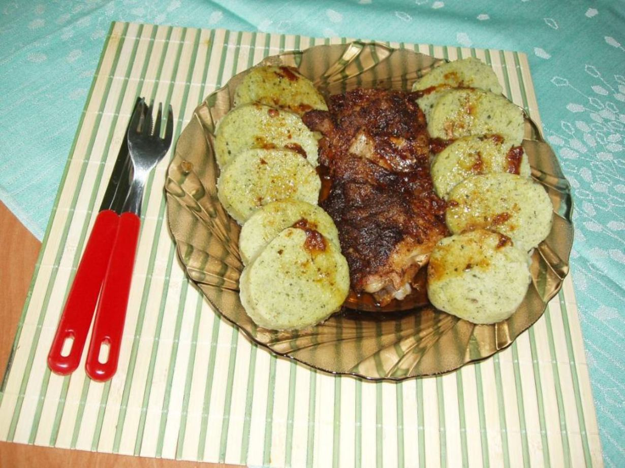 Bylinkové bramborové knedlíky