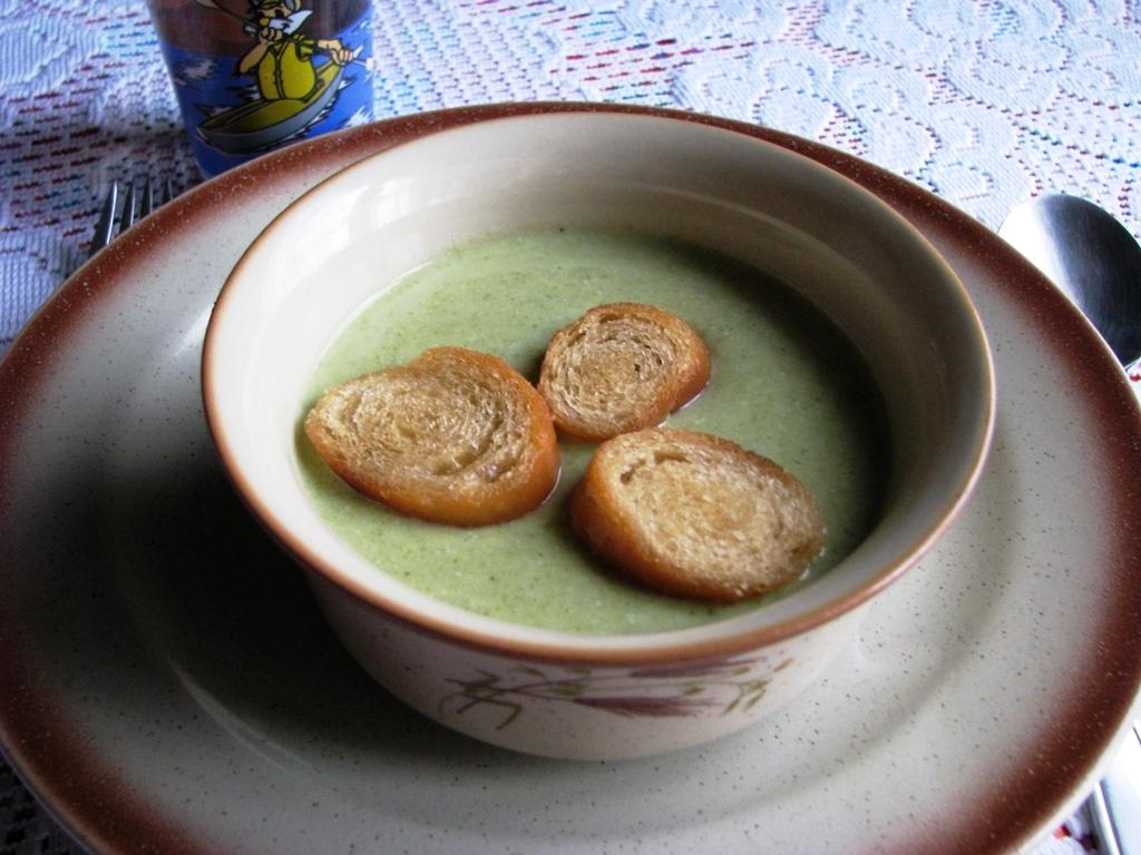 Brokolicový sýrový krém