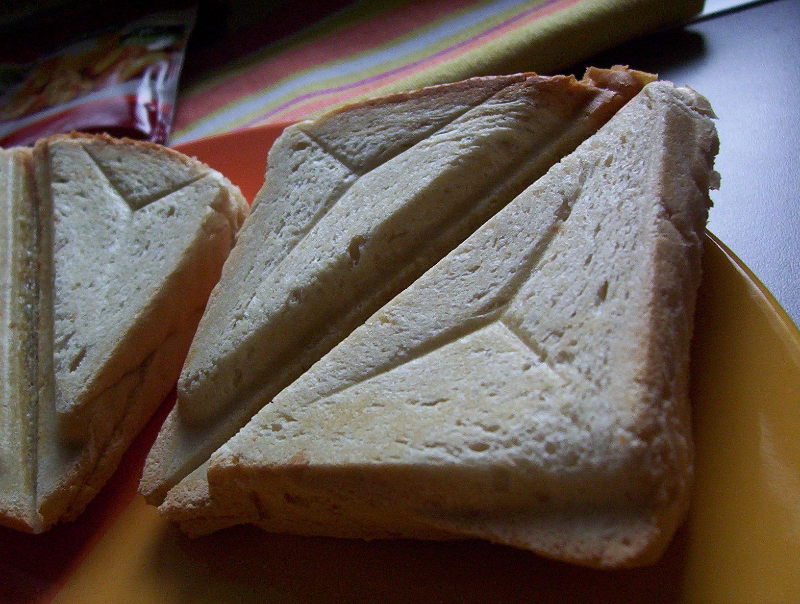 Pikantní hermelínové toasty