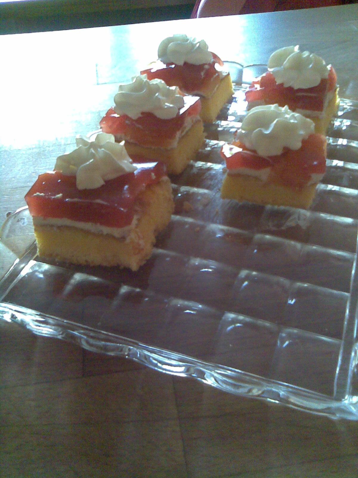 Ovocný bezlepkový koláč