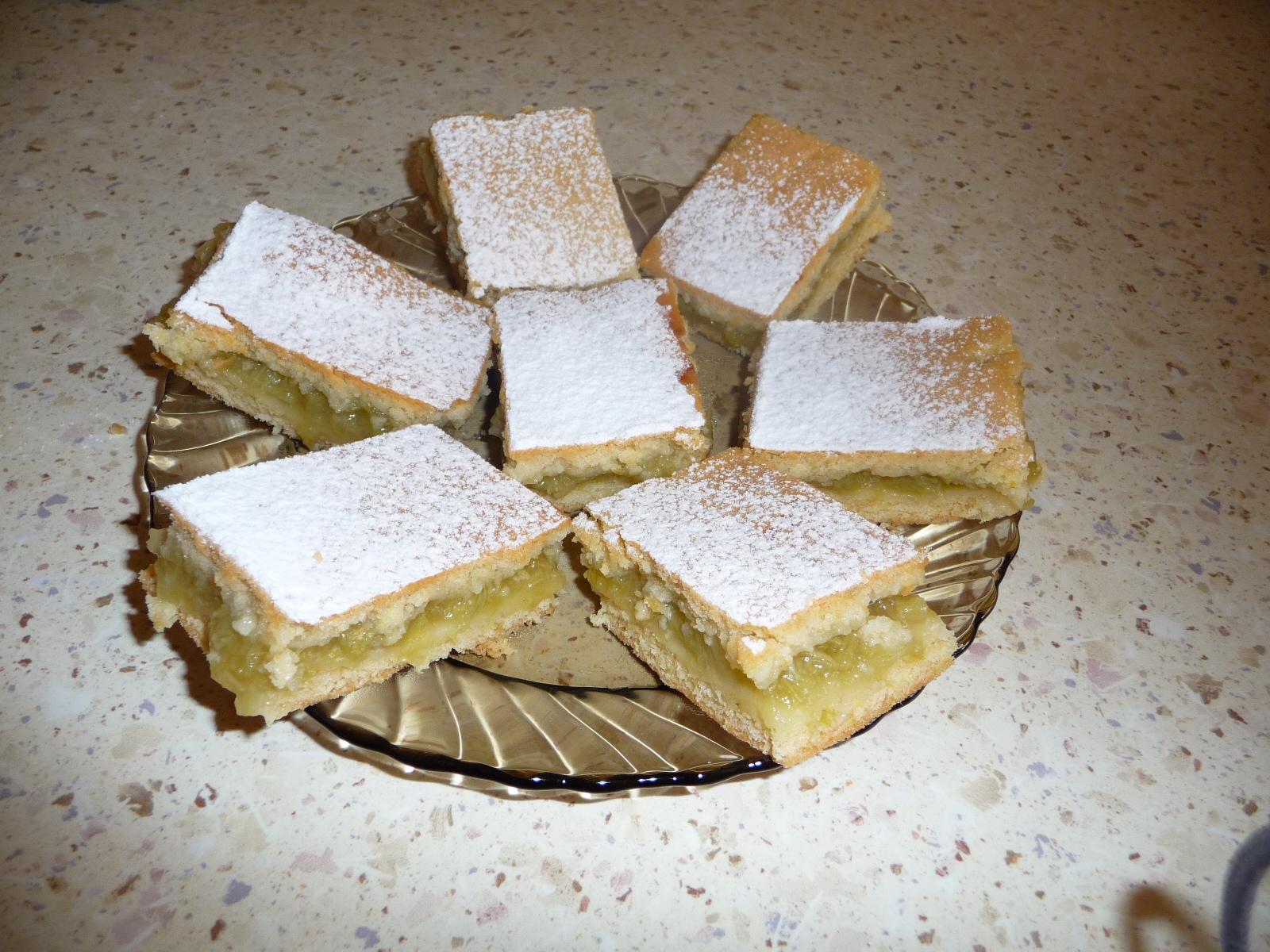 Fotografie receptu: Rebarborový koláč z hery