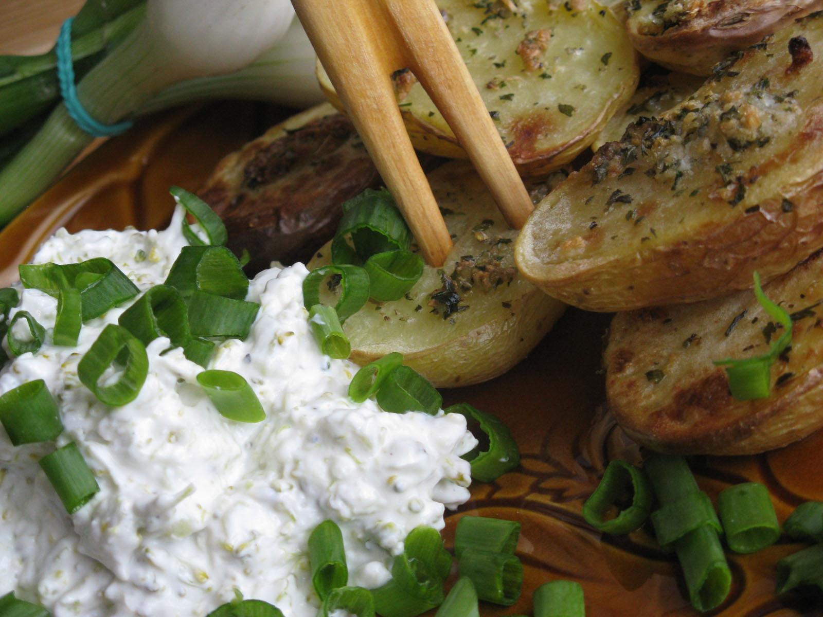 Fotografie receptu: Brambory pečené s bylinkami