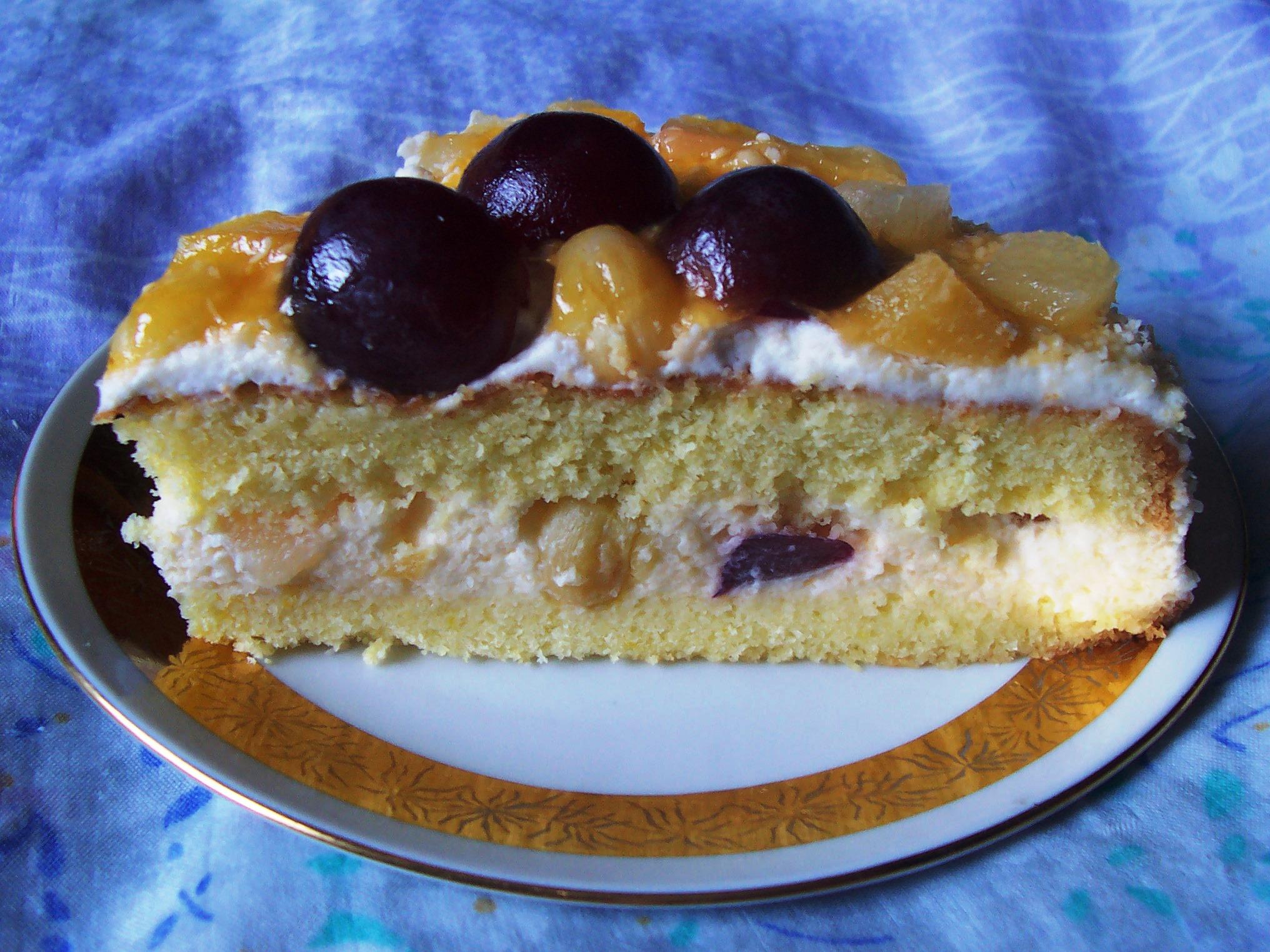 Fotografie receptu: Dort plný ovoce