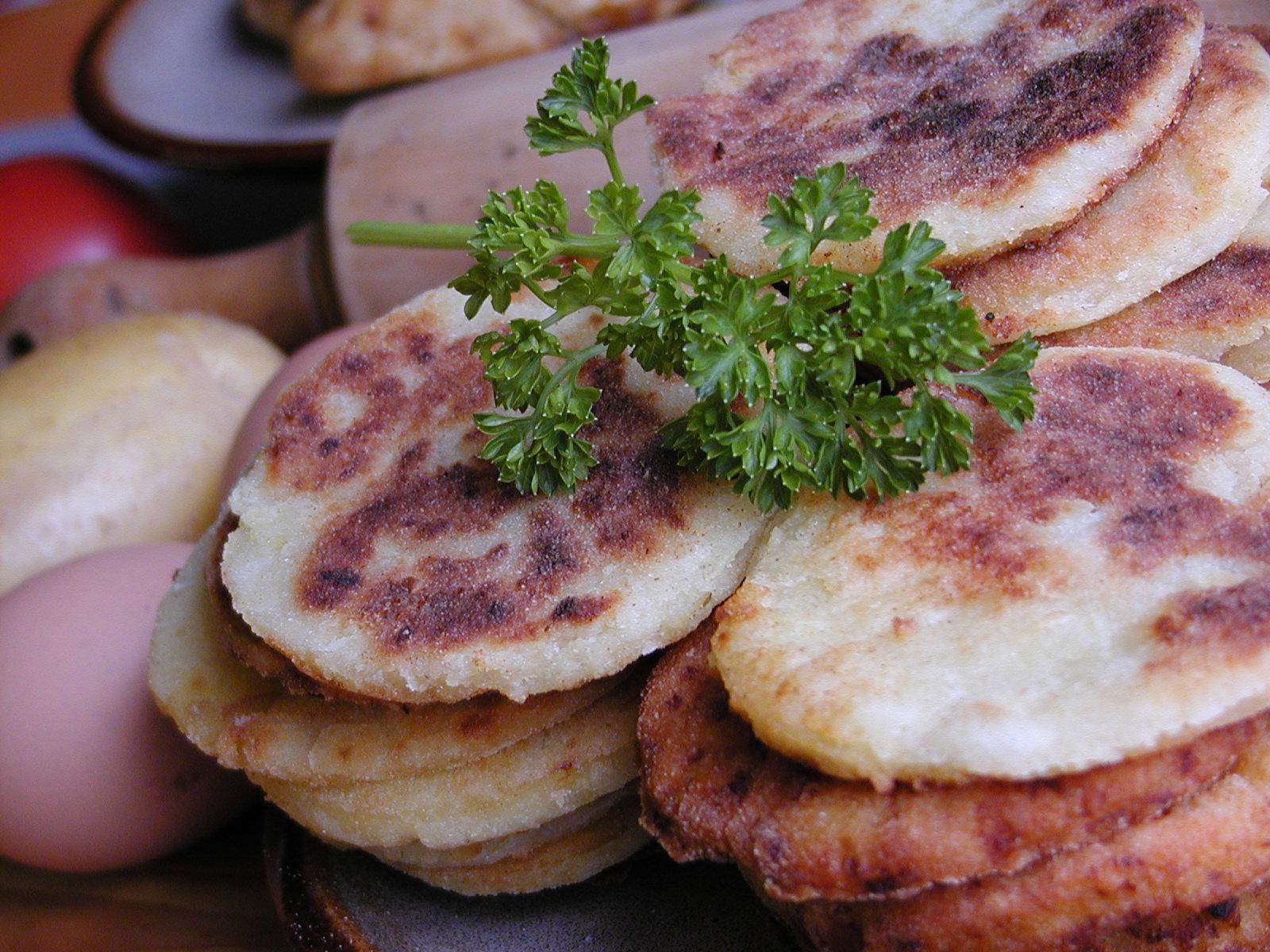 Fotografie receptu: Jemné bramborové placičky