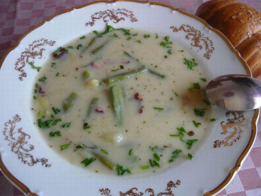 Fotografie receptu: Fazolková polévka s uzeným masem