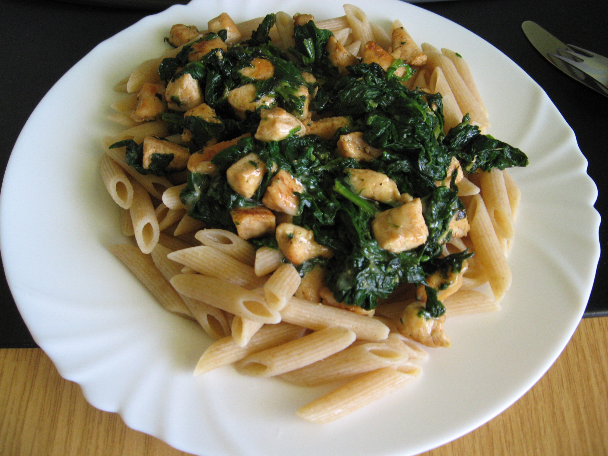 Lehké těstoviny se špenátem
