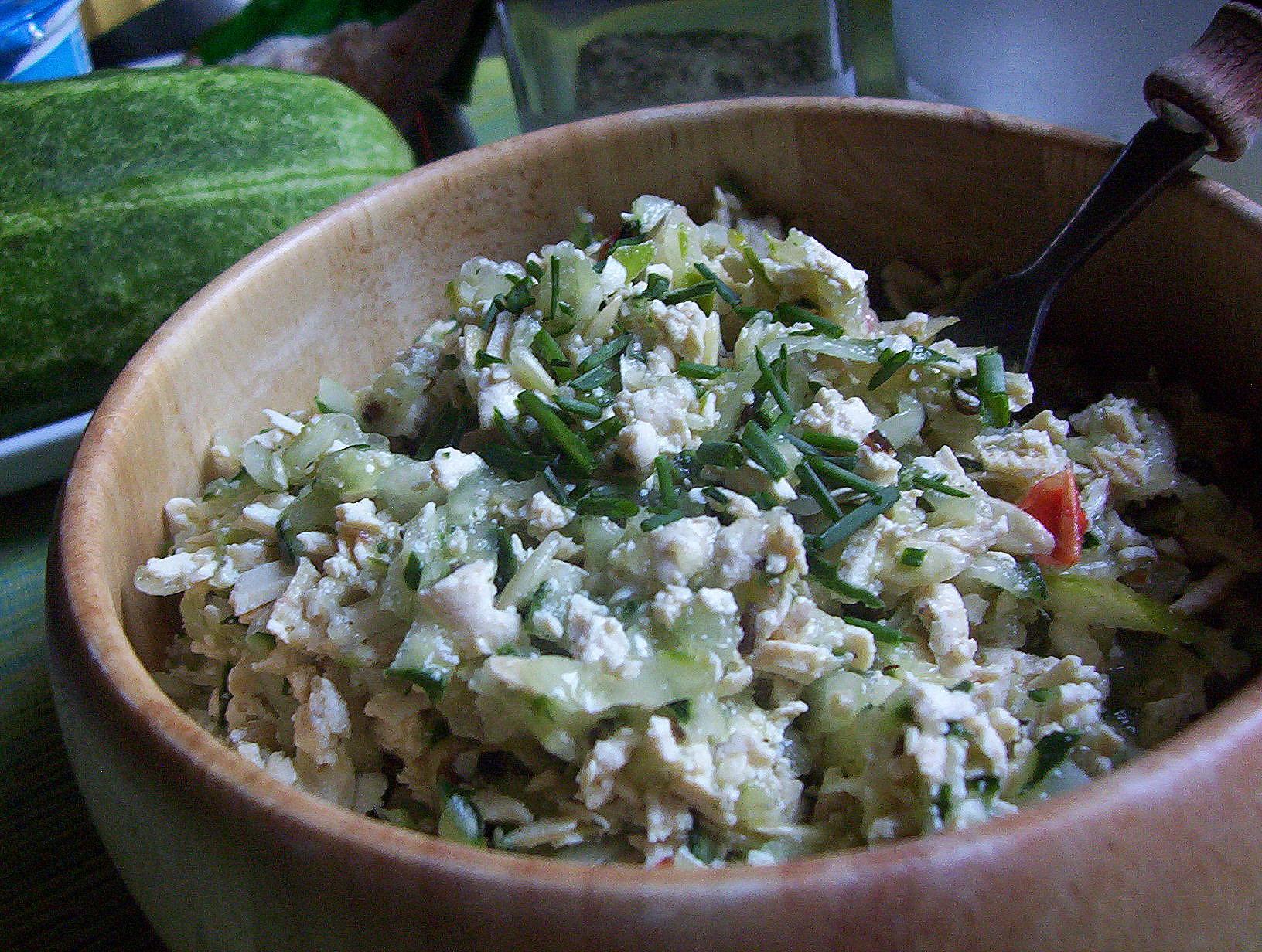 Fotografie receptu: Okurkový salát s tofu