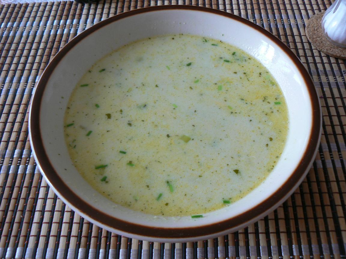 Fotografie receptu: Brokolicovo-pórková polévka