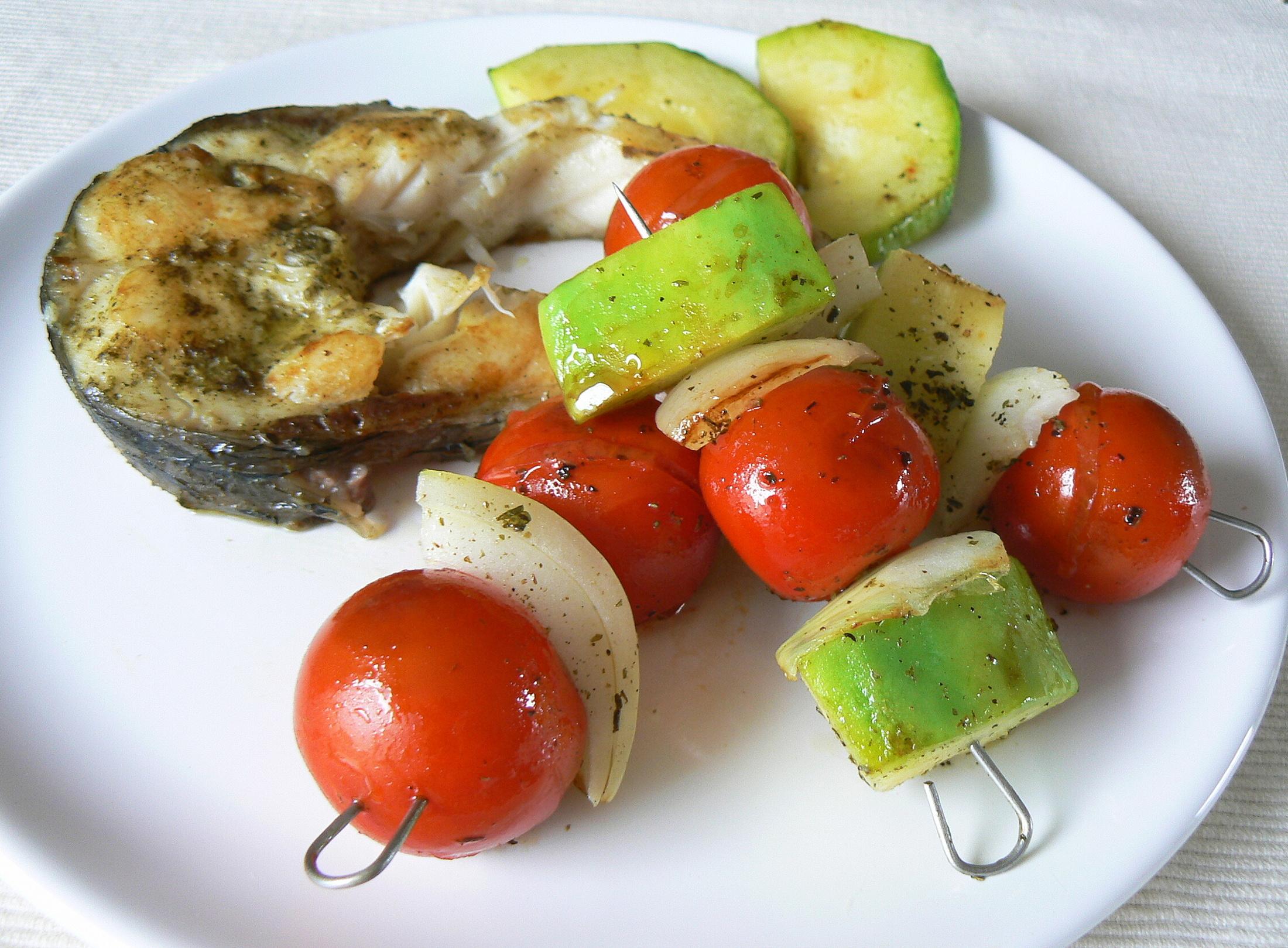Fotografie receptu: Zeleninový špíz s amurem