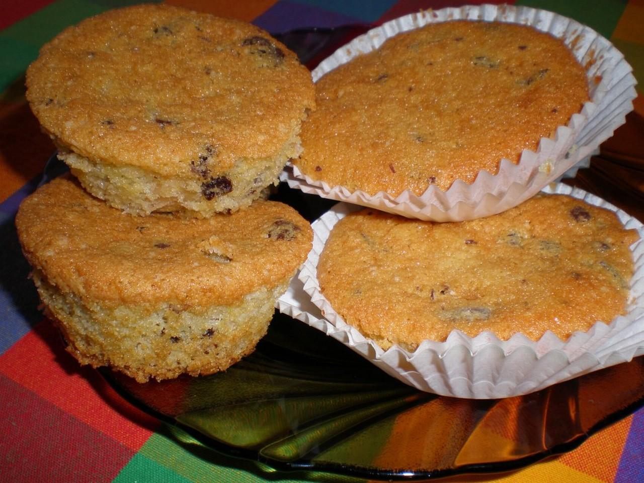 Oříškové muffiny s čokoládou