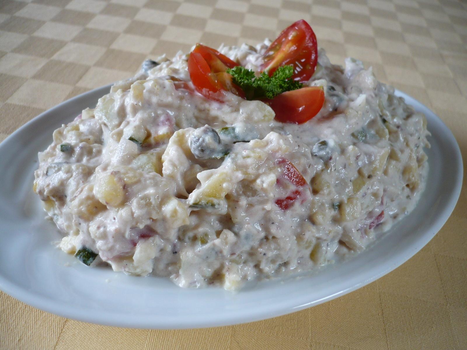 Bramborový salát se sardinkou