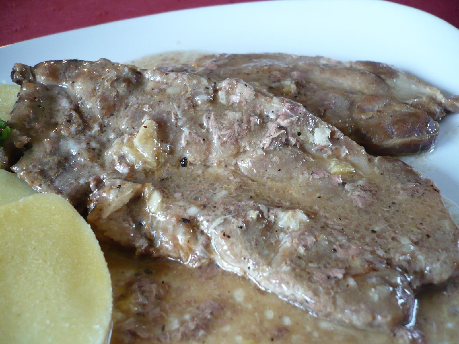 Fotografie receptu: Krkovička pečená na pivu