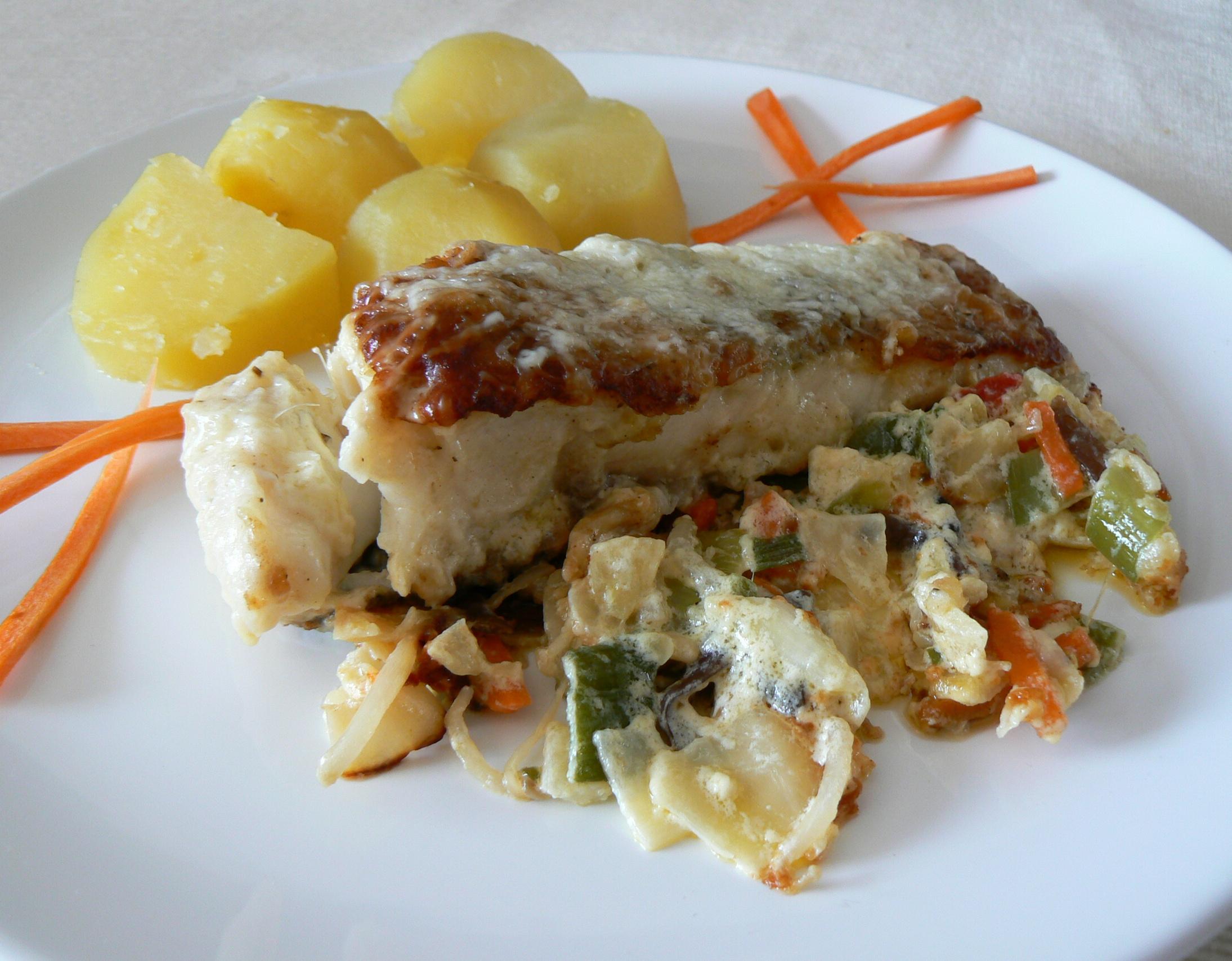 Smetanový amur na zelenině