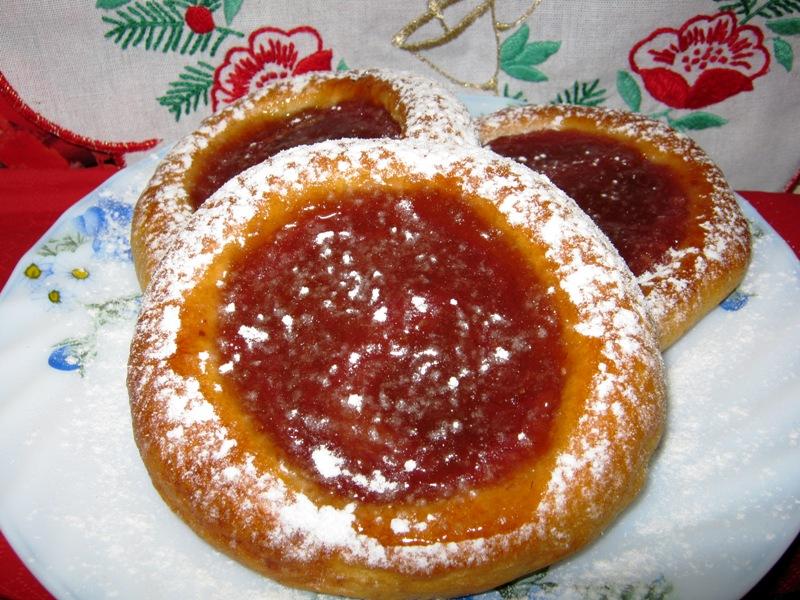 Kynuté koláčky s marmeládou