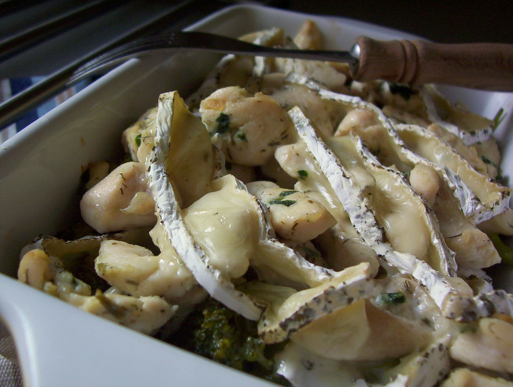 Fotografie receptu: Kuřecí s brokolicí a hermelínem
