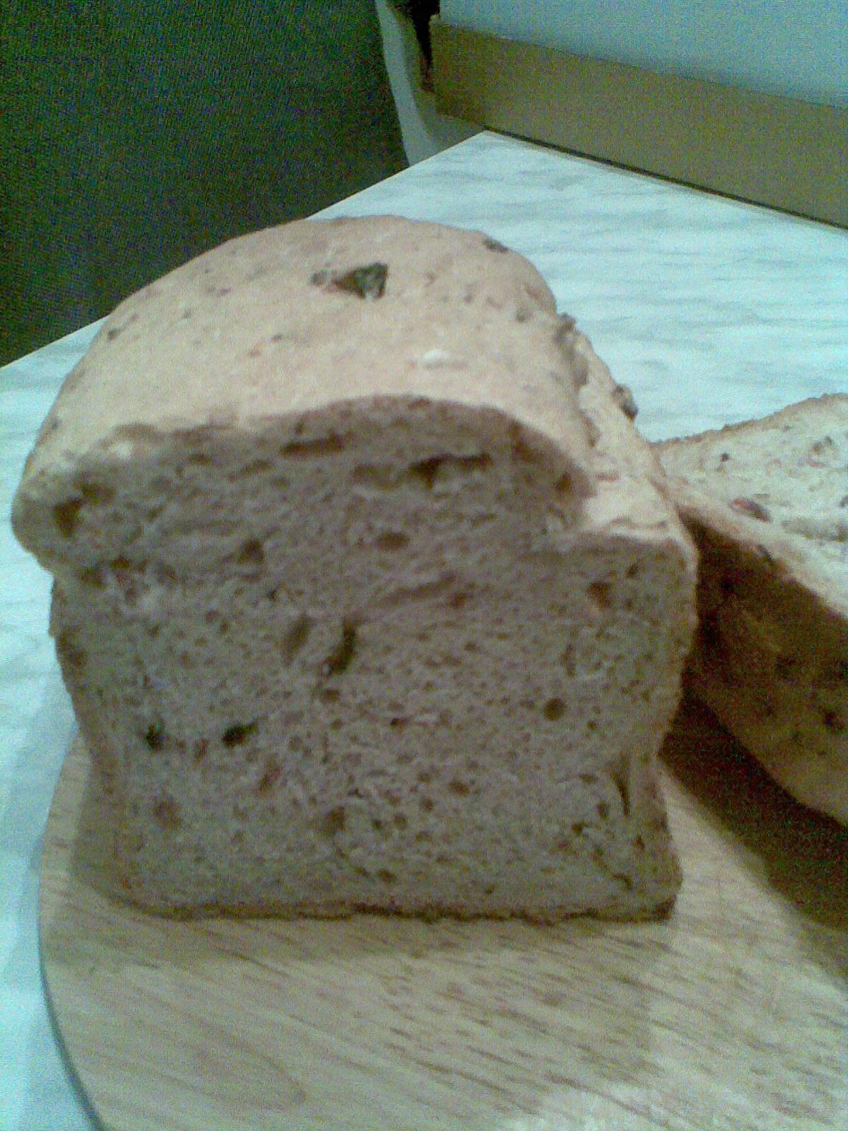 Domácí chléb s anglickou slaninou