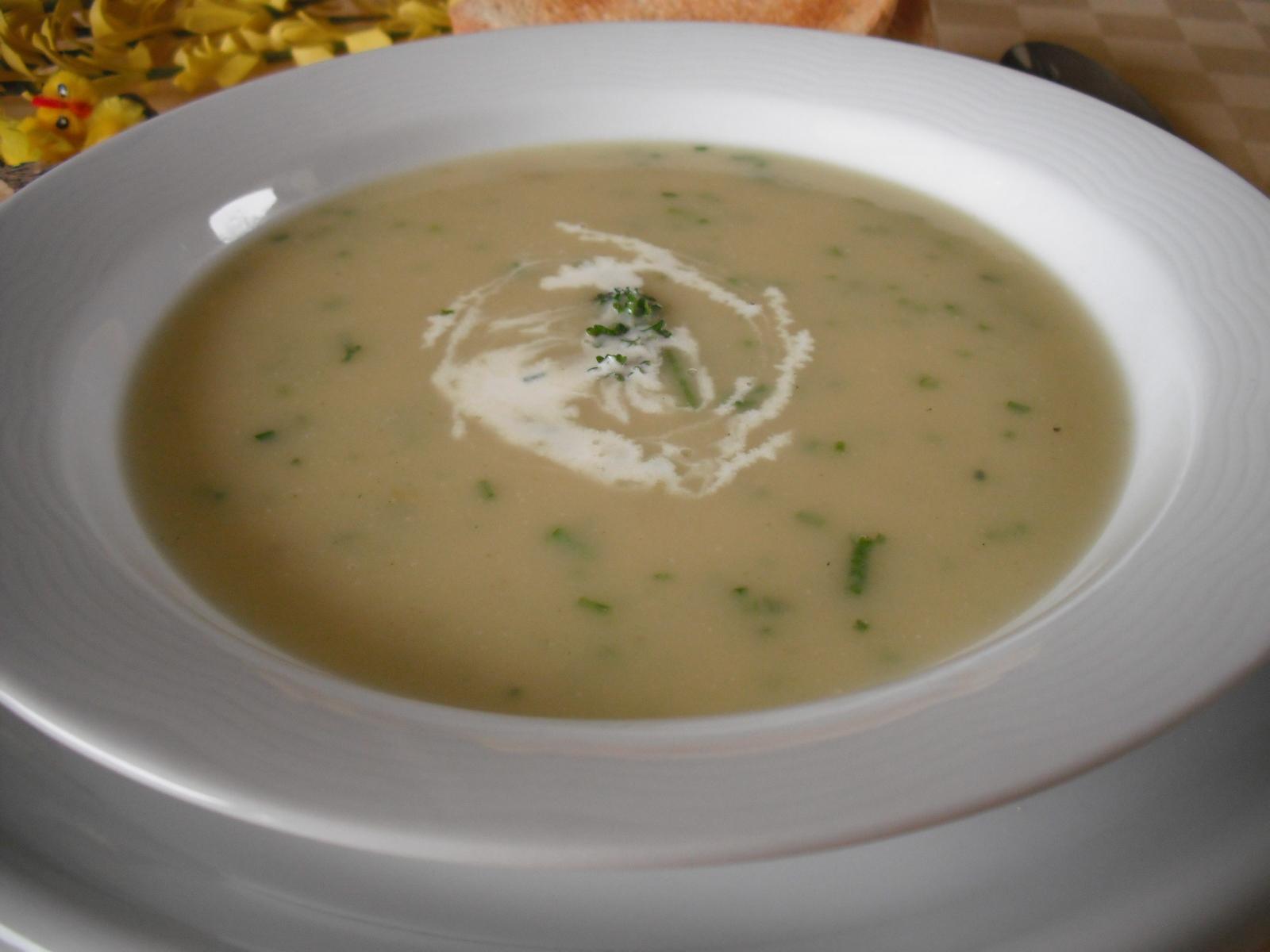 Fotografie receptu: Jarní polévka s kedlubnou