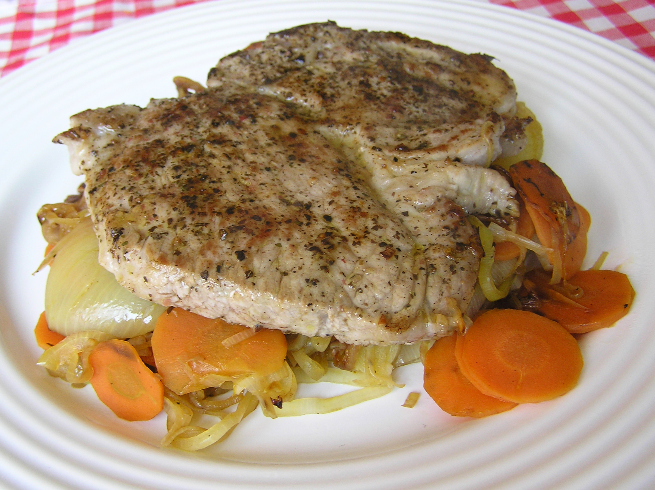 Vepřový steak s mrkví