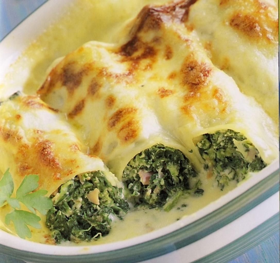 Fotografie receptu: Cannelloni plněné špenátem