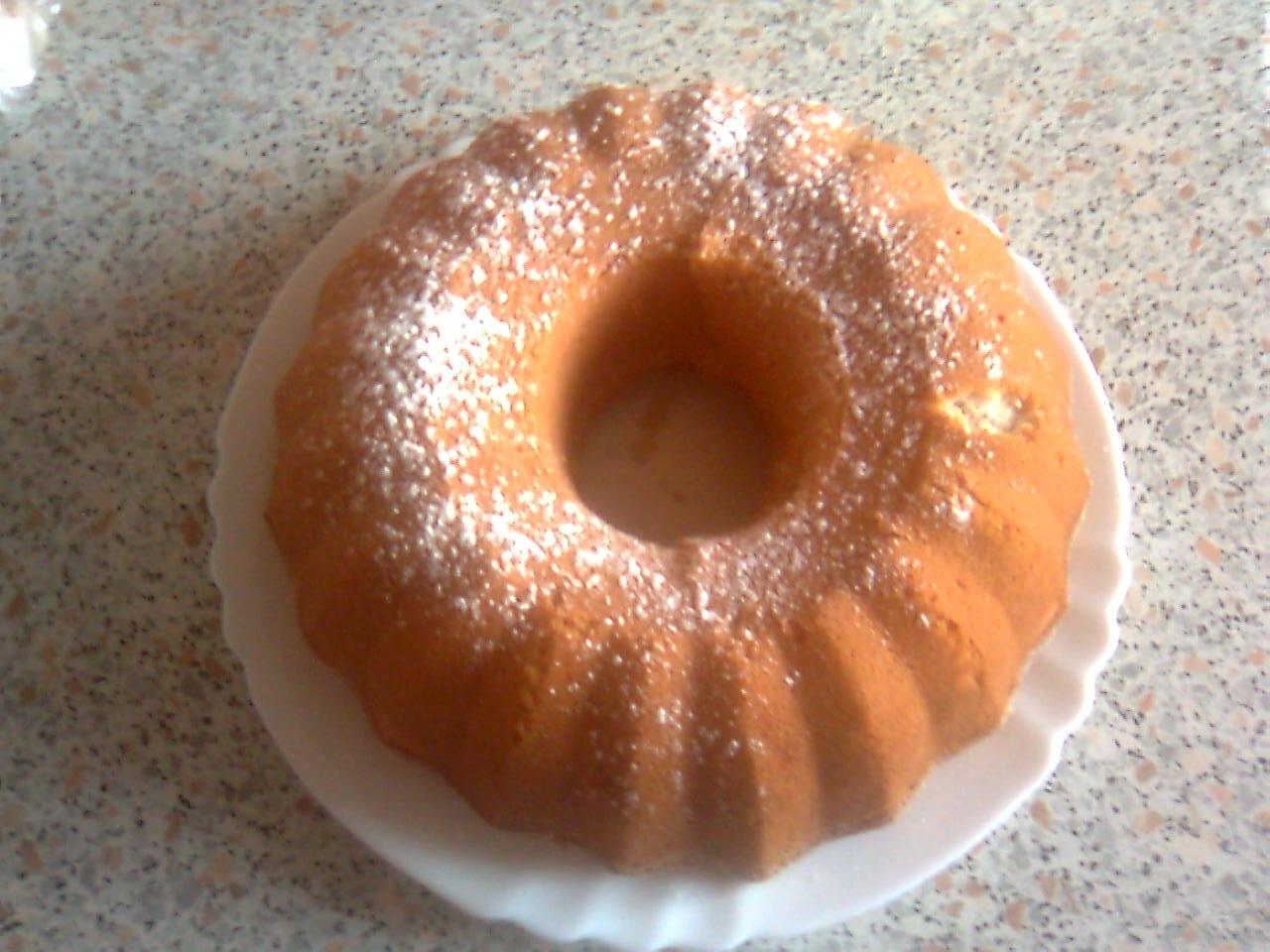 Fotografie receptu: Mramorová mandlová bábovka