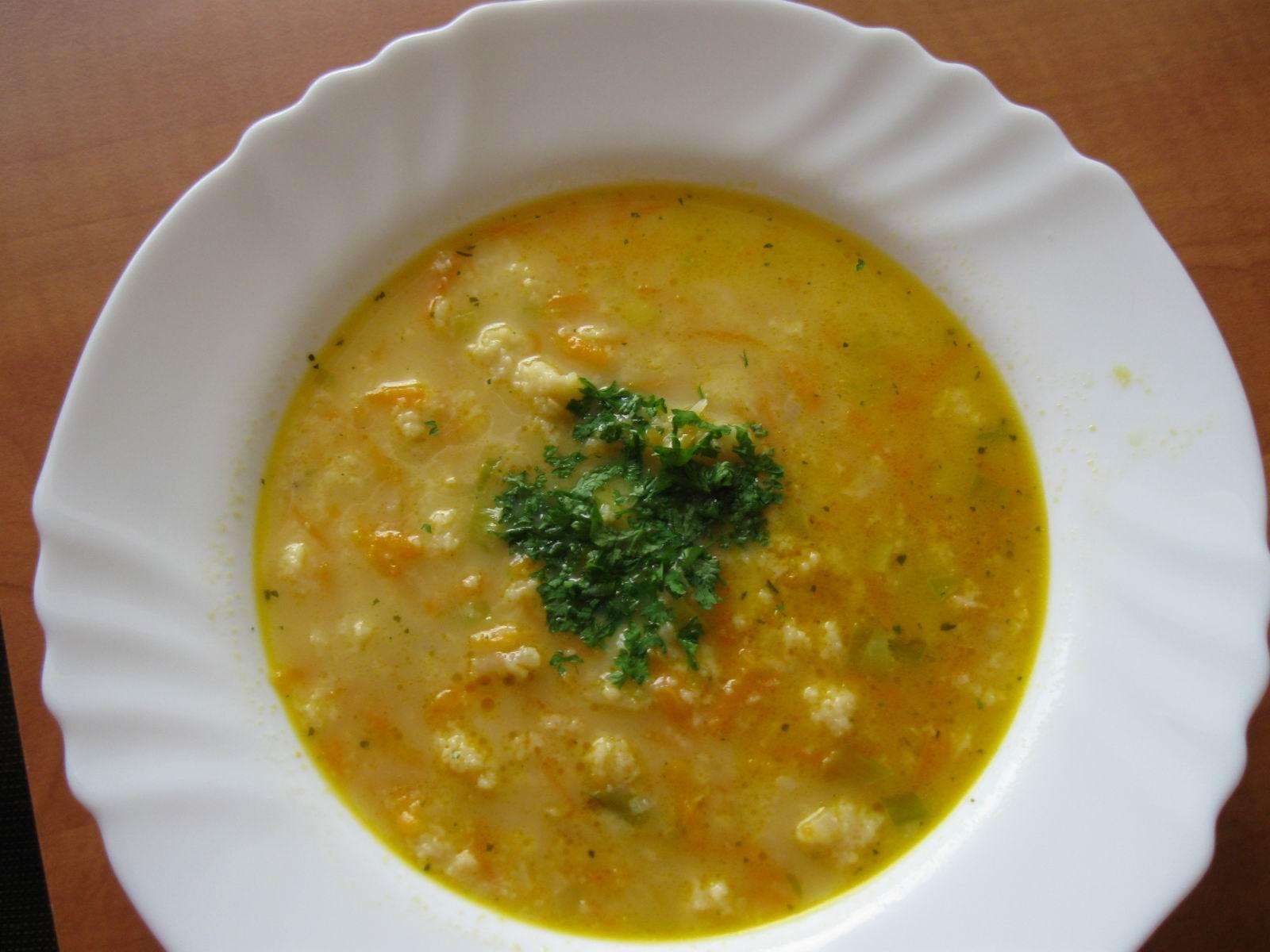 Rychlá kvasnicová polévka
