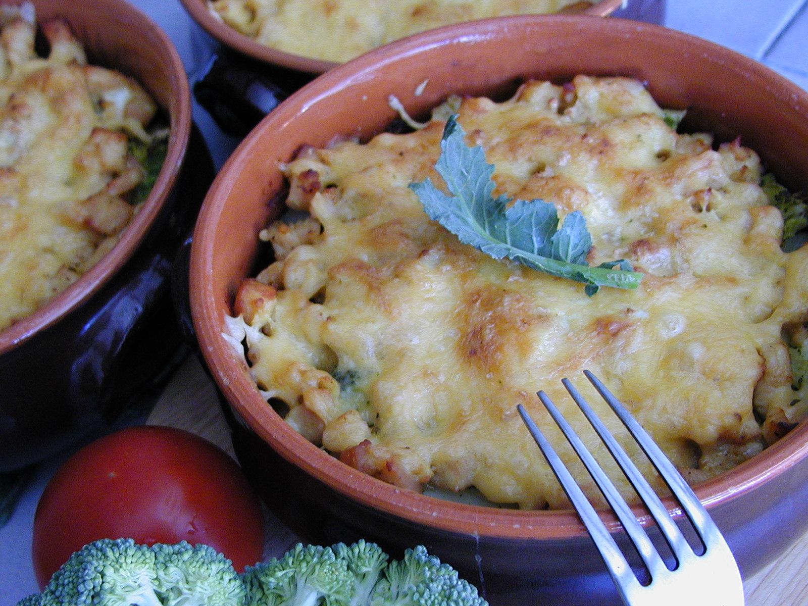 Gnocchi zapečené s masem a brokolicí