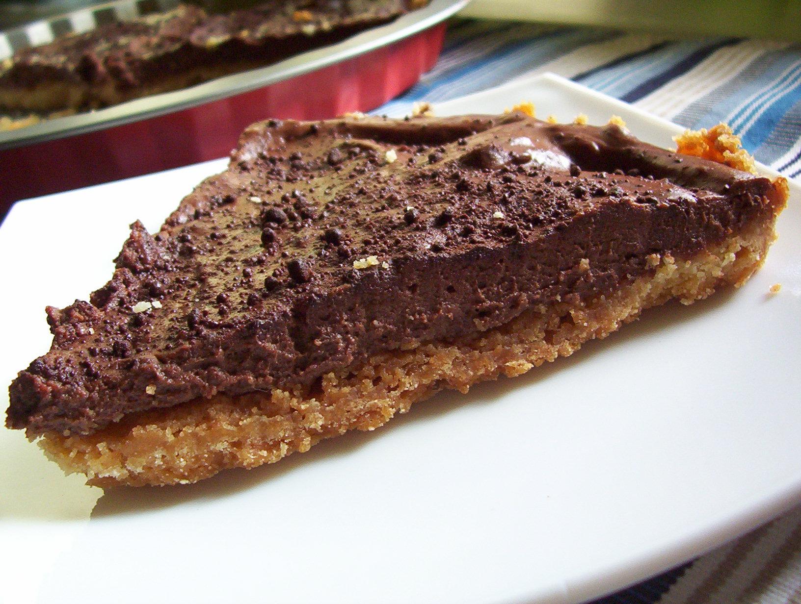 Drobenkový koláč s čokoládovým krémem