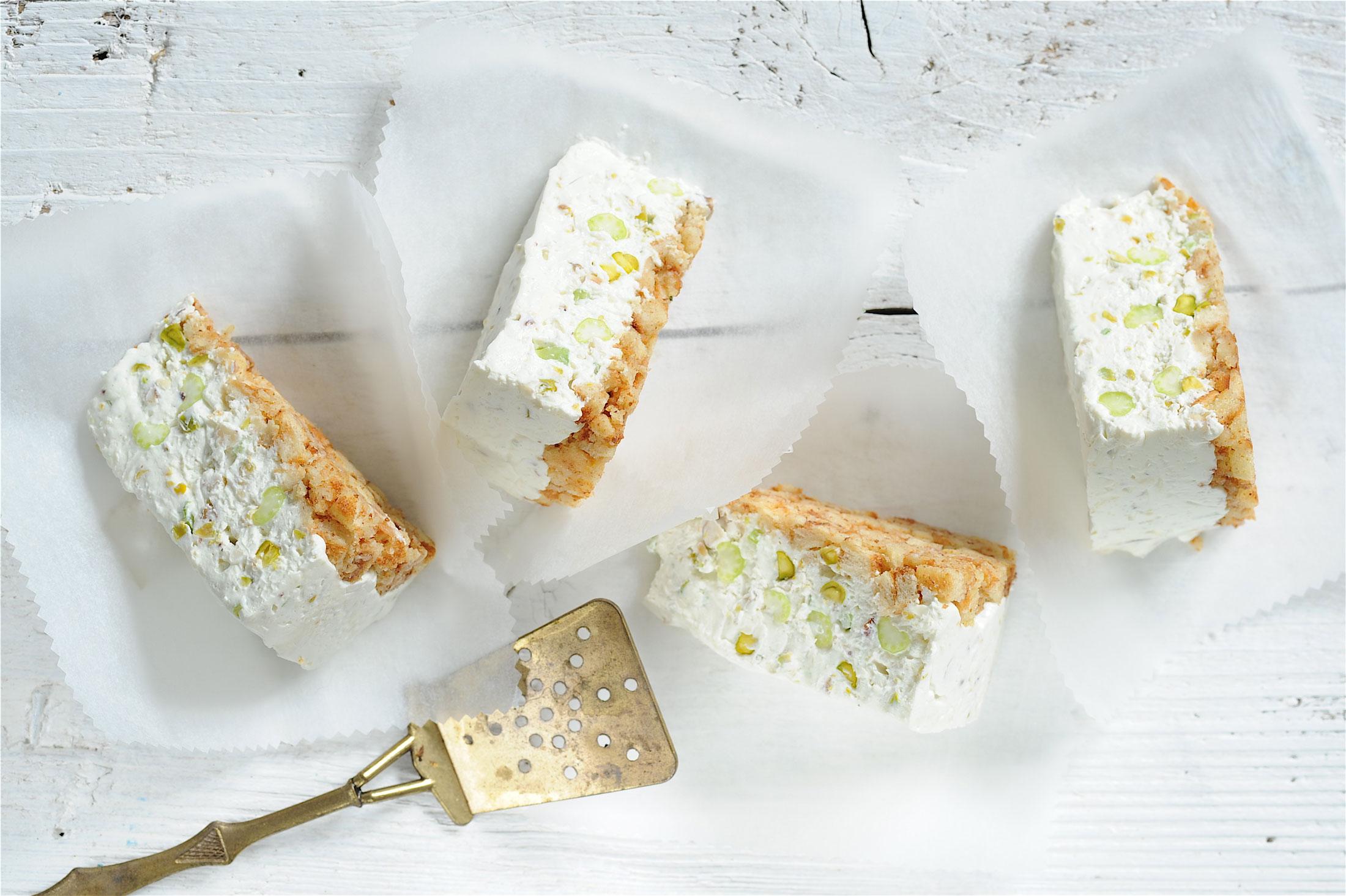 Slaný cheesecake s oříšky