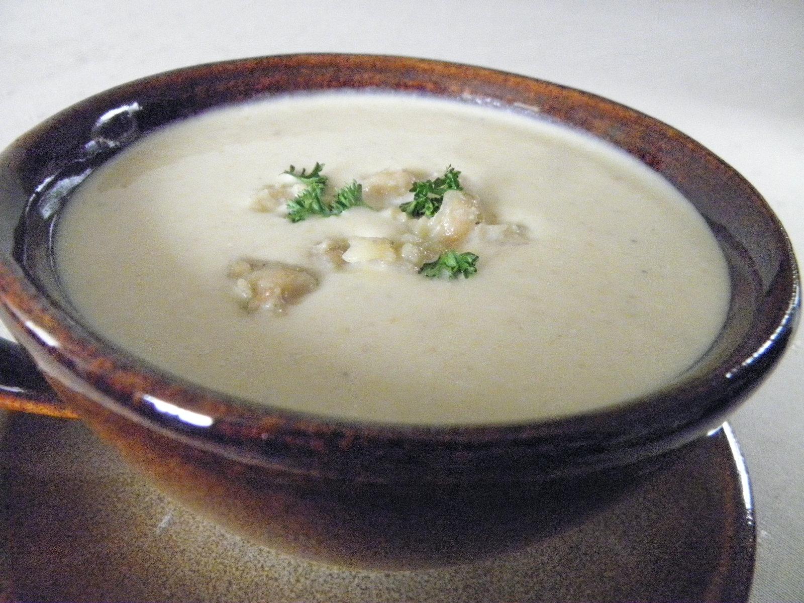 Jogurtová polévka s cizrnou