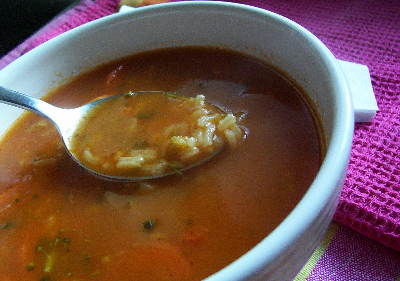 Rajská polévka s mrkví a rýží