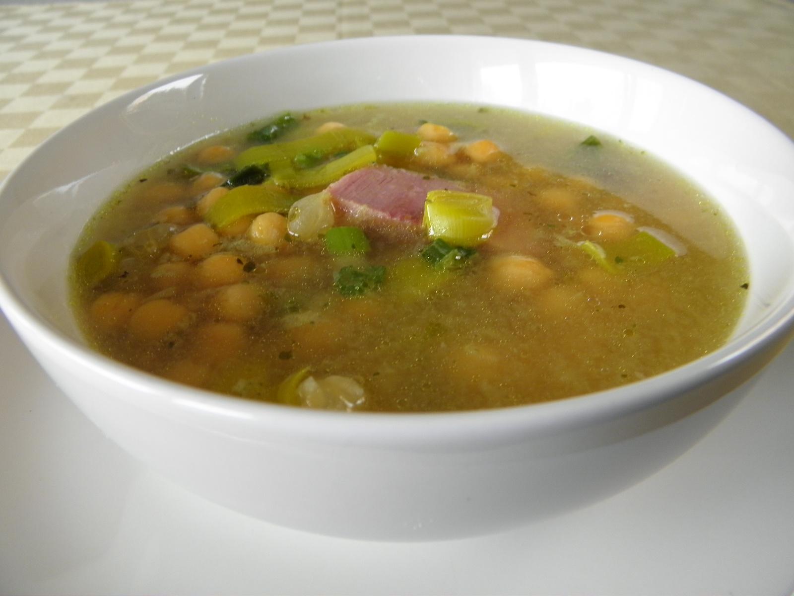 Uzená polévka s cizrnou
