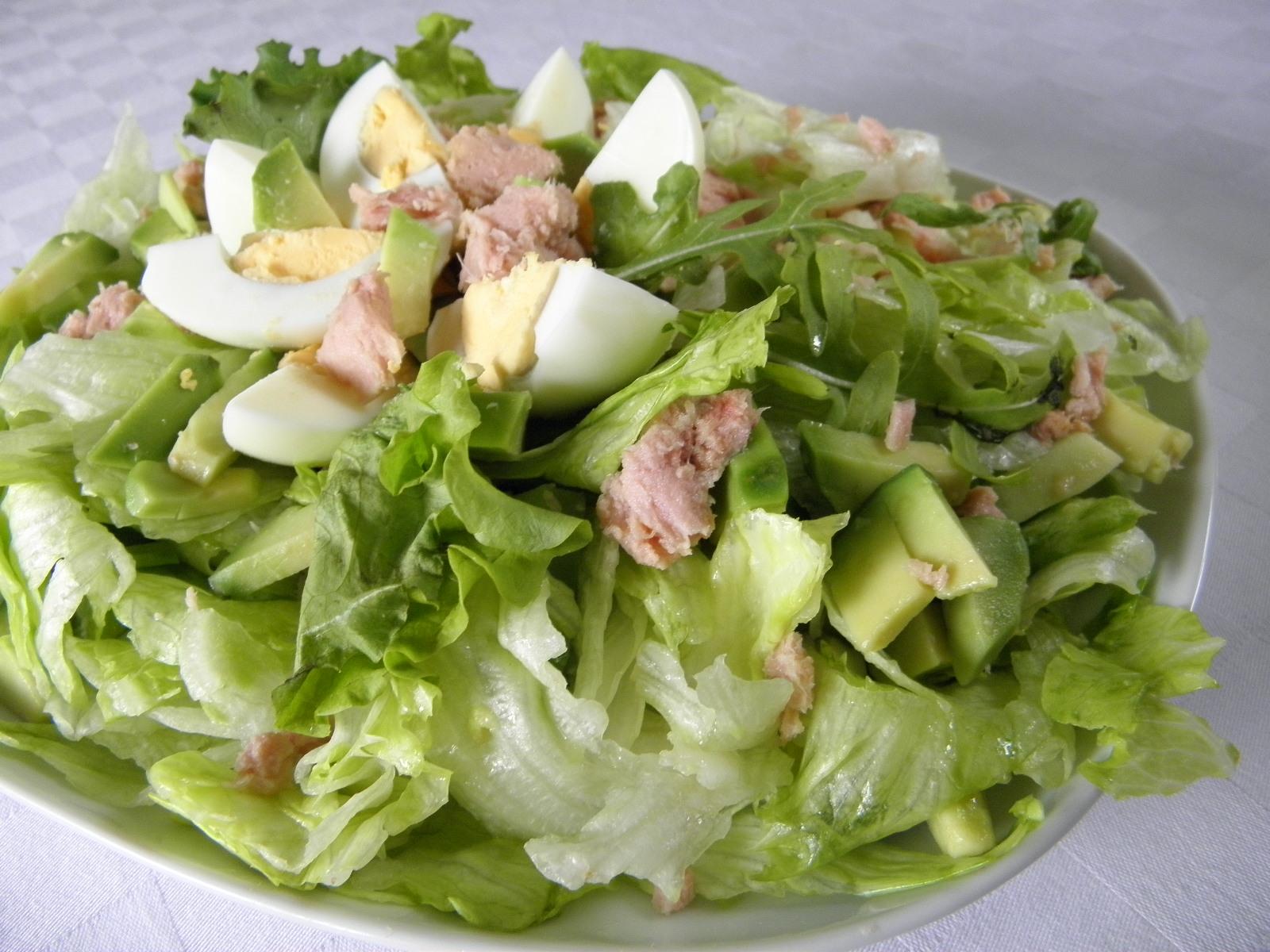 Fotografie receptu: Ledový salát s tuňákem